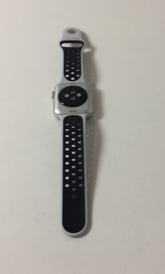 Watch Series 3 Aluminum (42mm), White/black Nike, Kuva 2