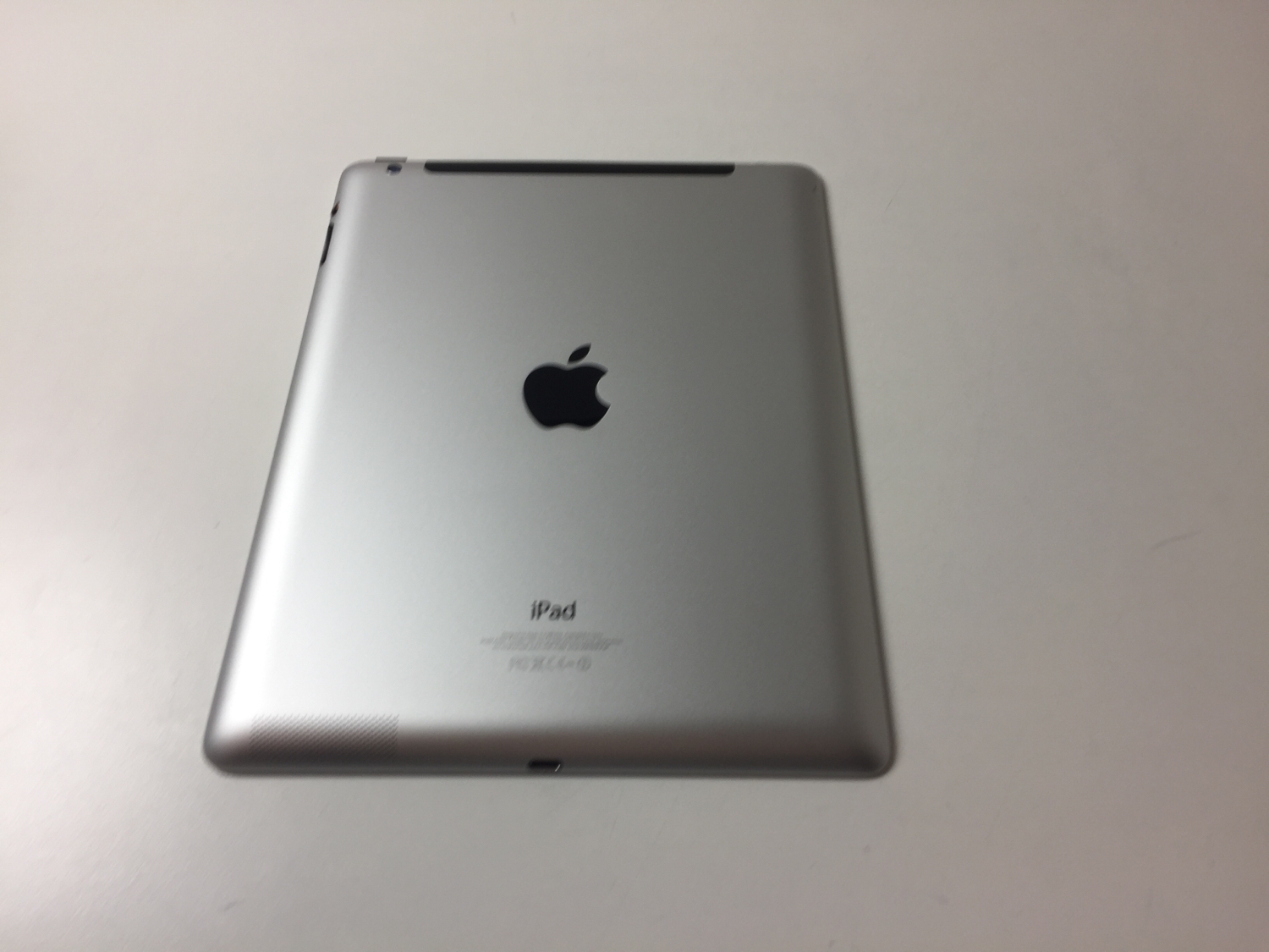 iPad 4 Wi-Fi + Cellular 16GB, 16 GB, Black, Kuva 2
