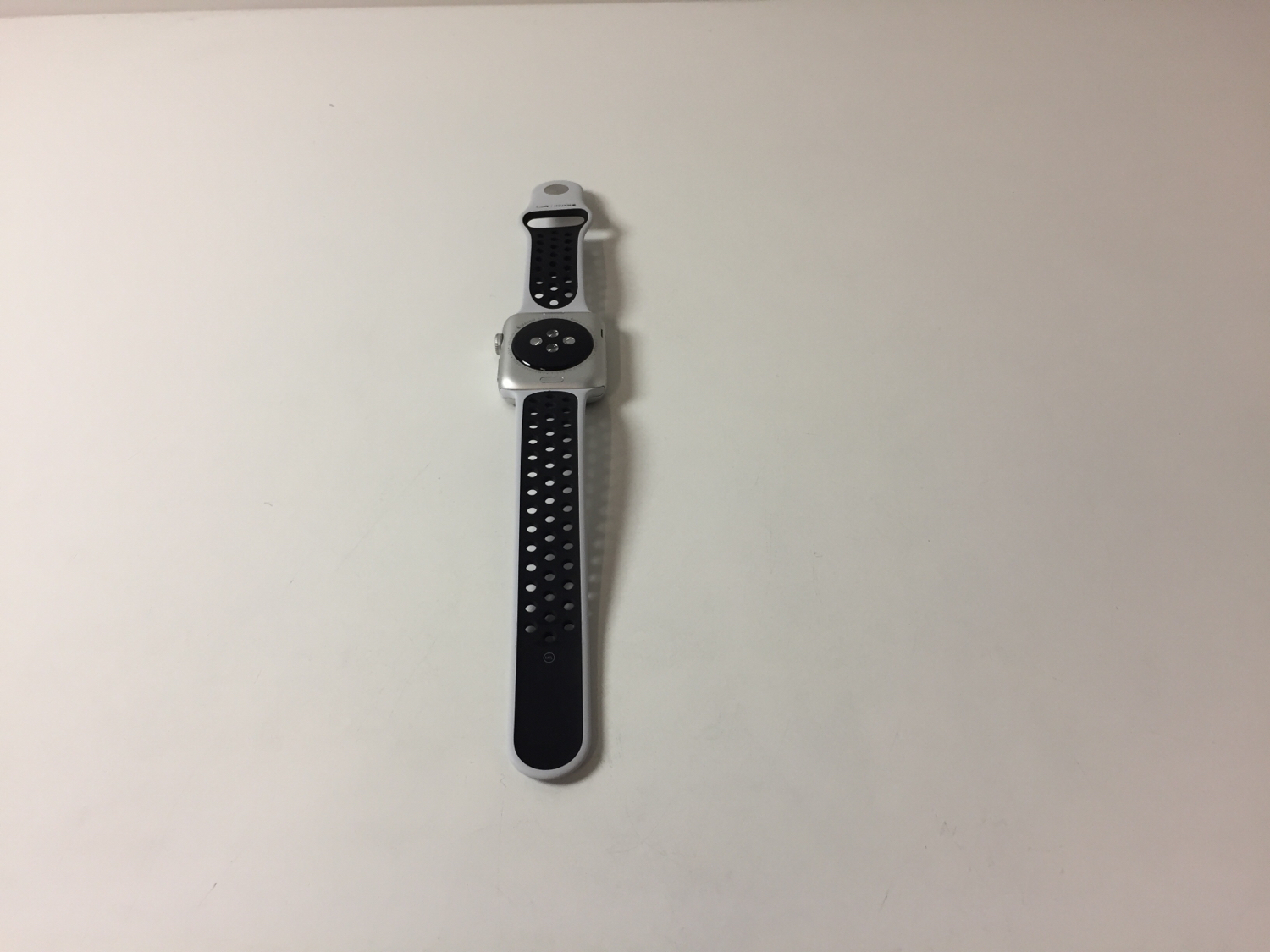 Watch Series 3 (42mm), Black/Gray, Kuva 2