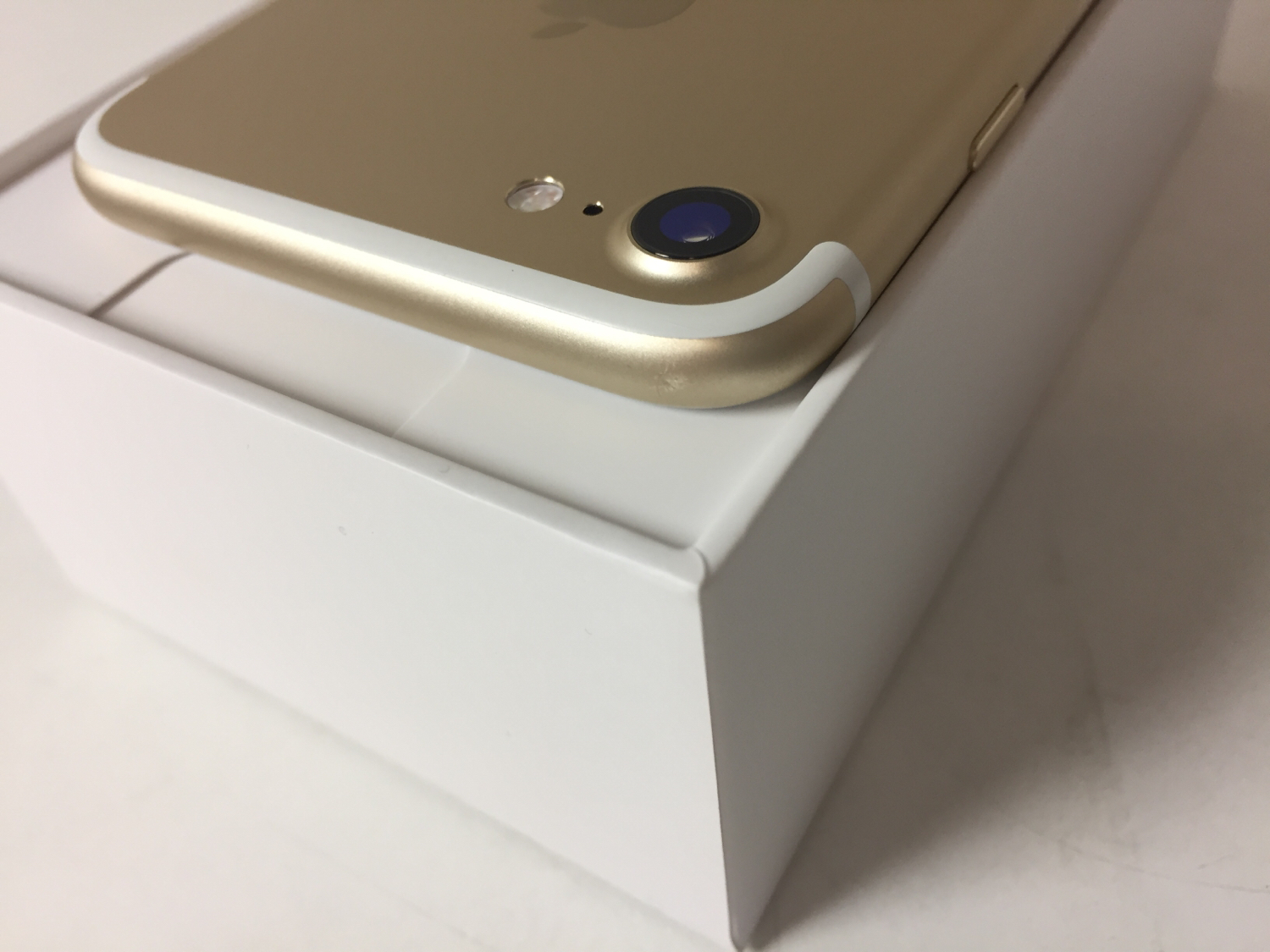 iPhone 7 128GB, 128GB, Gold, bild 4