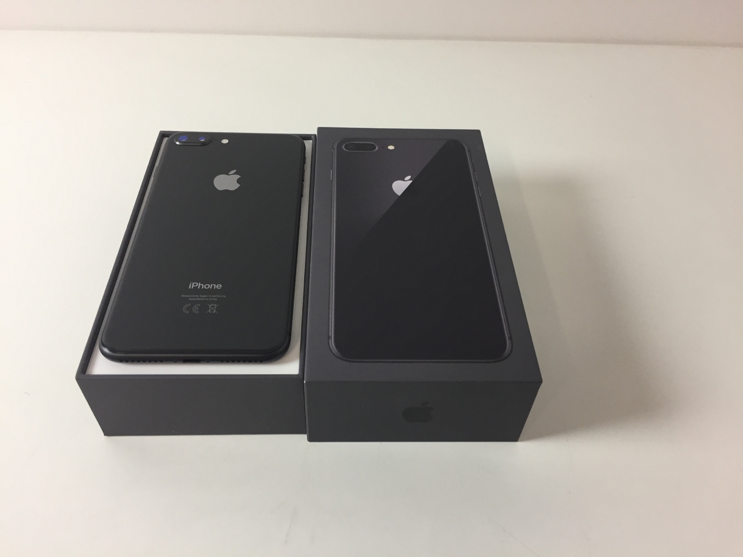 iPhone 8 Plus 256GB, 256 GB, Gray, imagen 2