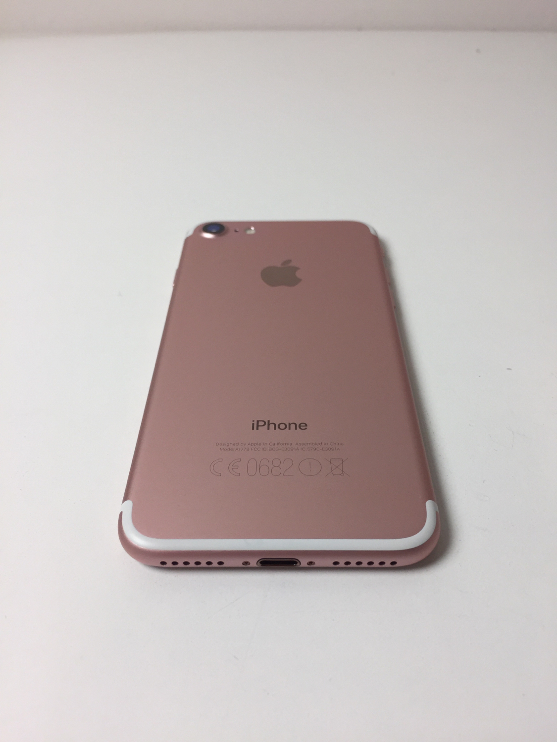 iPhone 7 32GB, 32GB, Rose Gold, Kuva 2