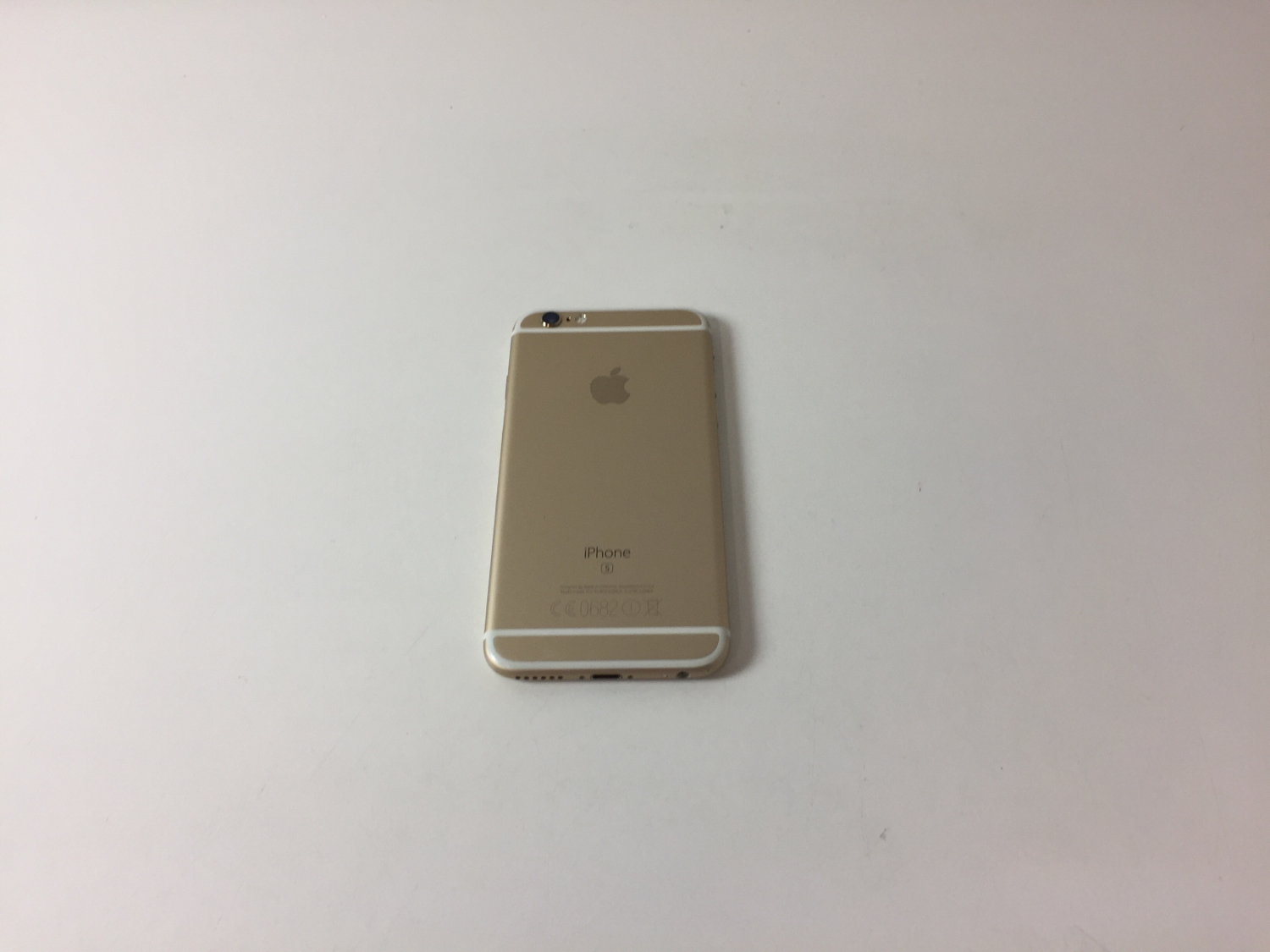 iPhone 6S 32GB, 32GB, Gold, Kuva 2