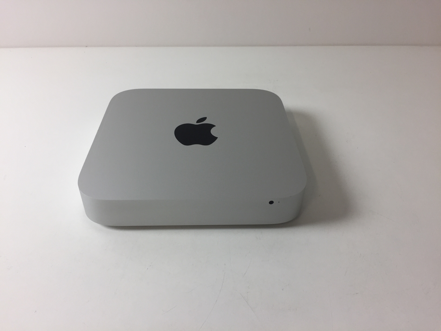 Mac Mini Late 2014 (Intel Core i5 1.4 GHz 4 GB RAM 500 GB HDD), Intel Core i5 1.4 GHz, 4 GB RAM, 500 GB HDD, imagen 1
