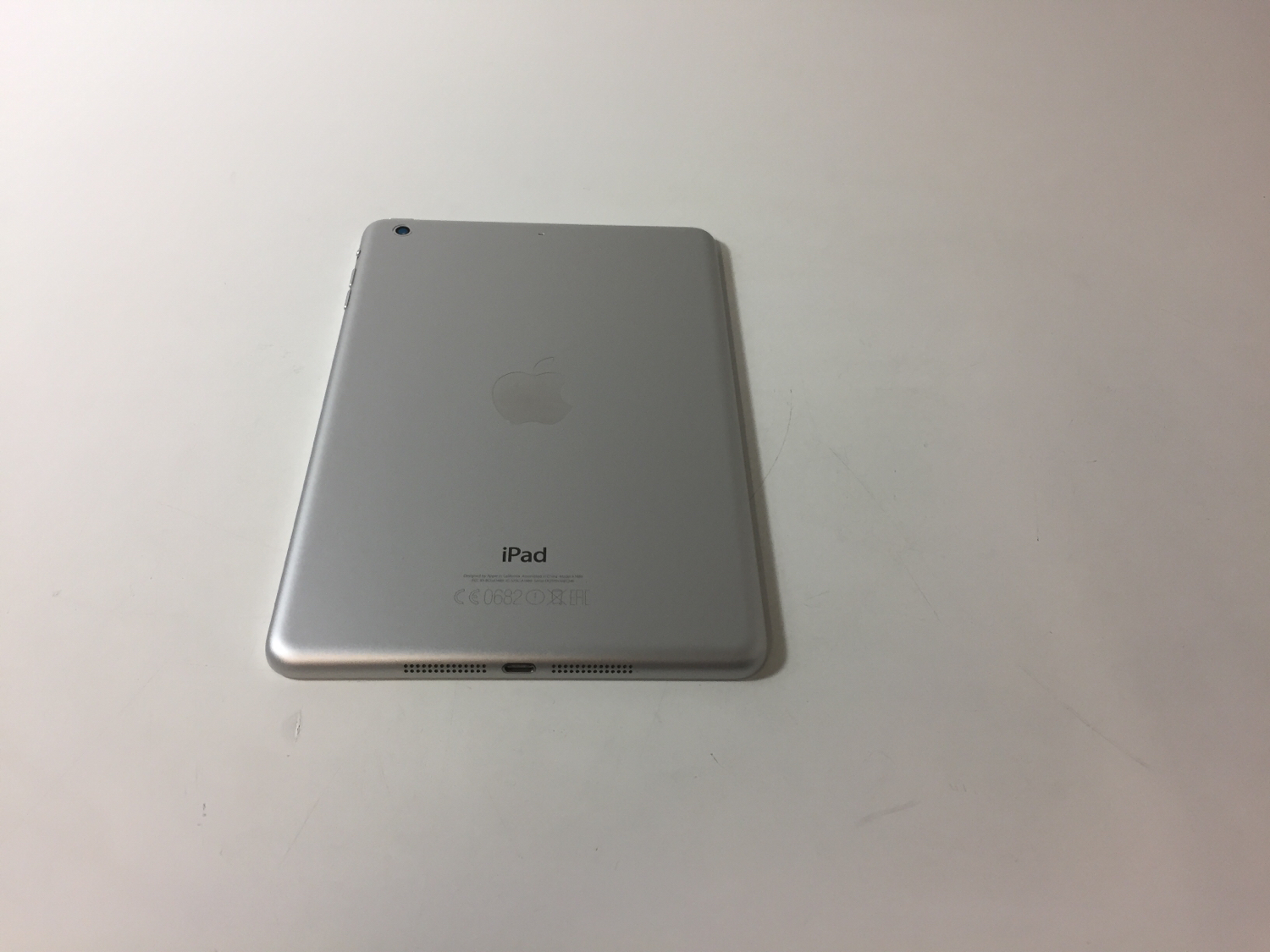 iPad mini 2 Wi-Fi 16GB, 16GB, Silver, Kuva 2