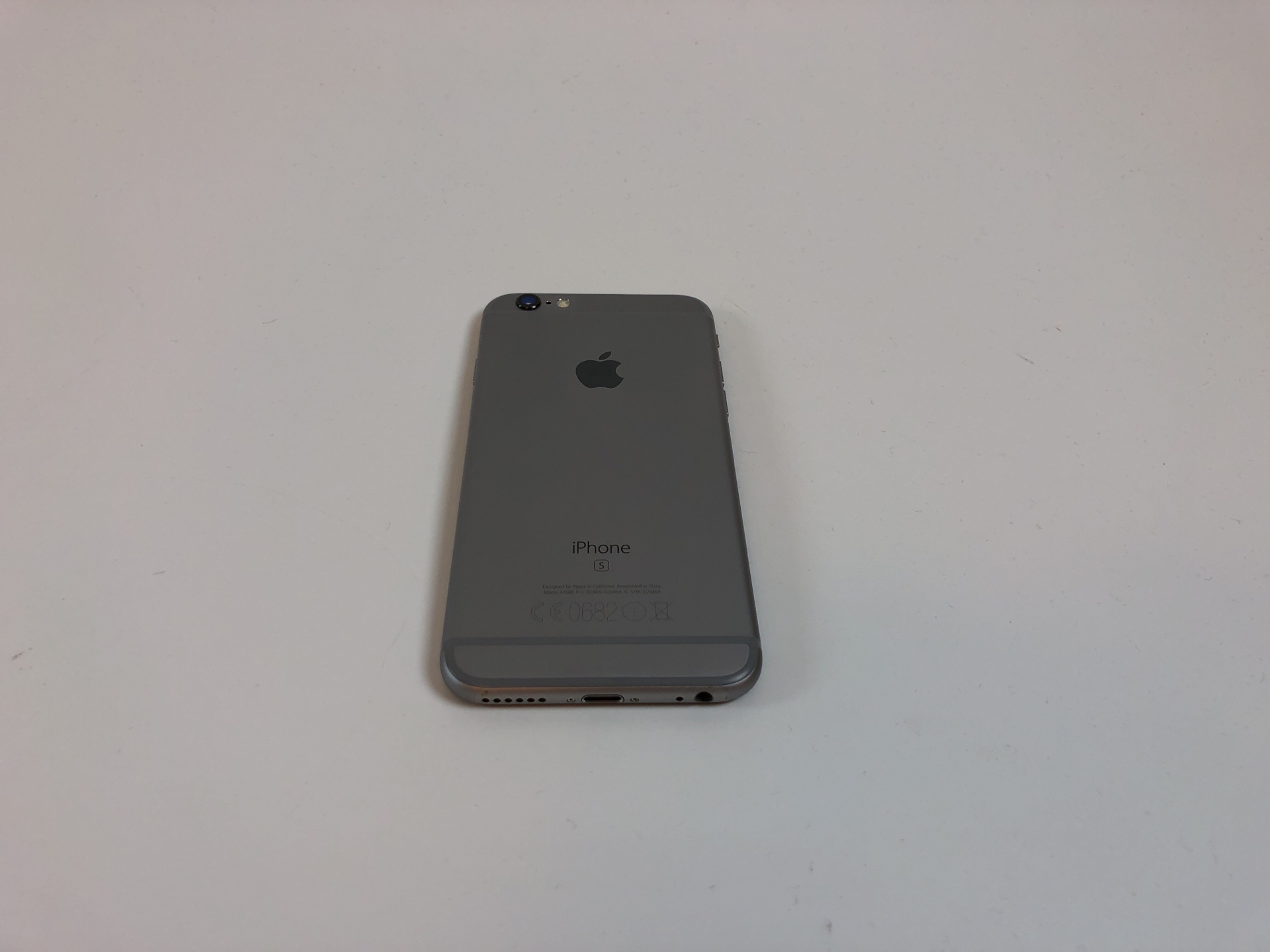 iPhone 6S 32GB, 64GB, Space Gray, Kuva 3
