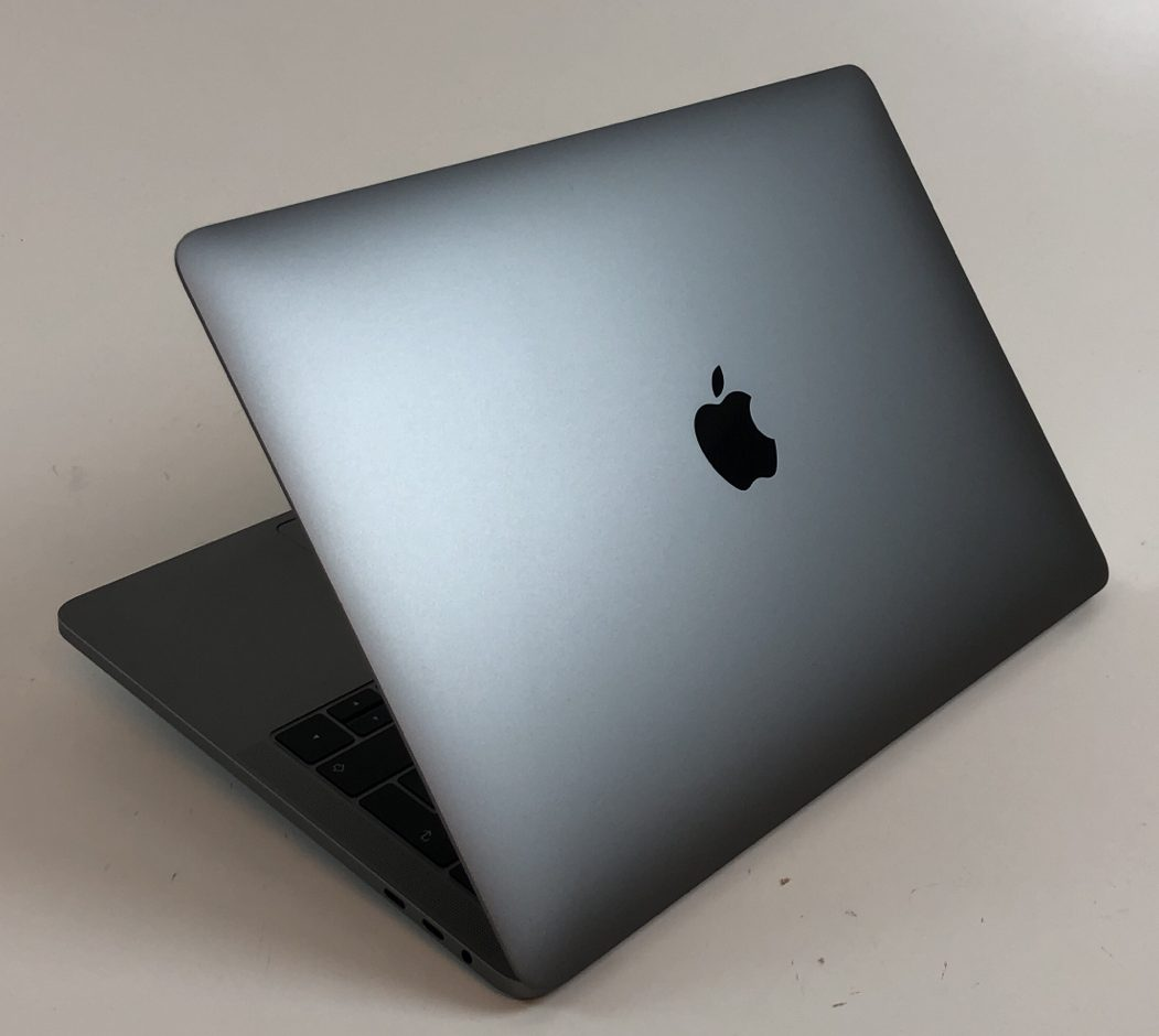 """MacBook Pro 13"""" 4TBT Mid 2019 (Intel Quad-Core i5 2.4 GHz 8 GB RAM 256 GB SSD), Space Gray, Intel Quad-Core i5 2.4 GHz, 8 GB RAM, 256 GB SSD, Kuva 2"""