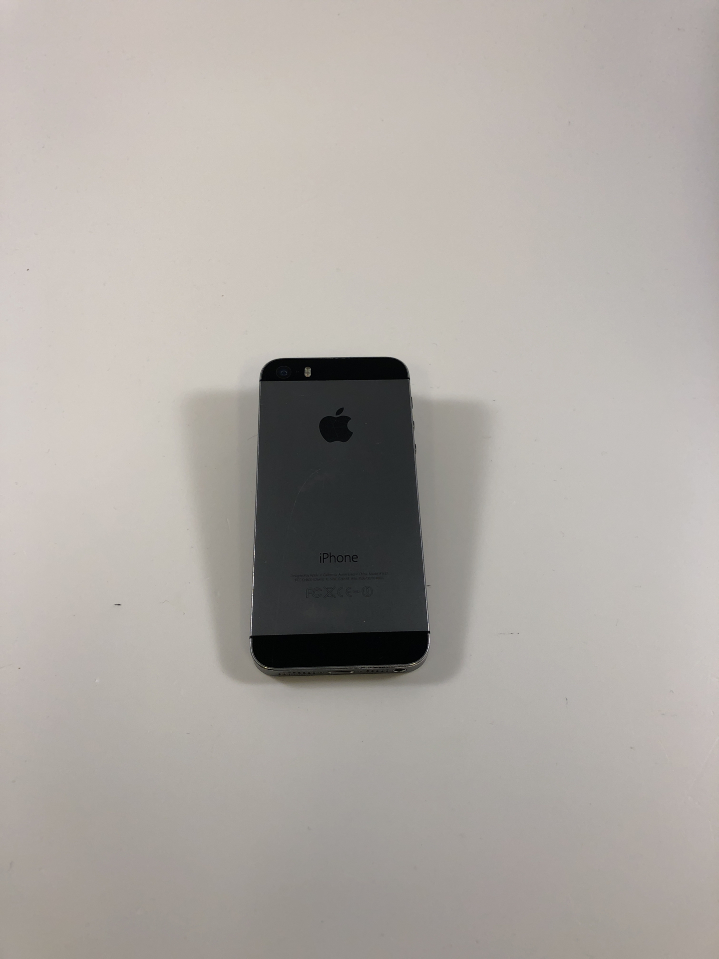 iPhone 5S 16GB, 16GB, Space Gray, Kuva 2