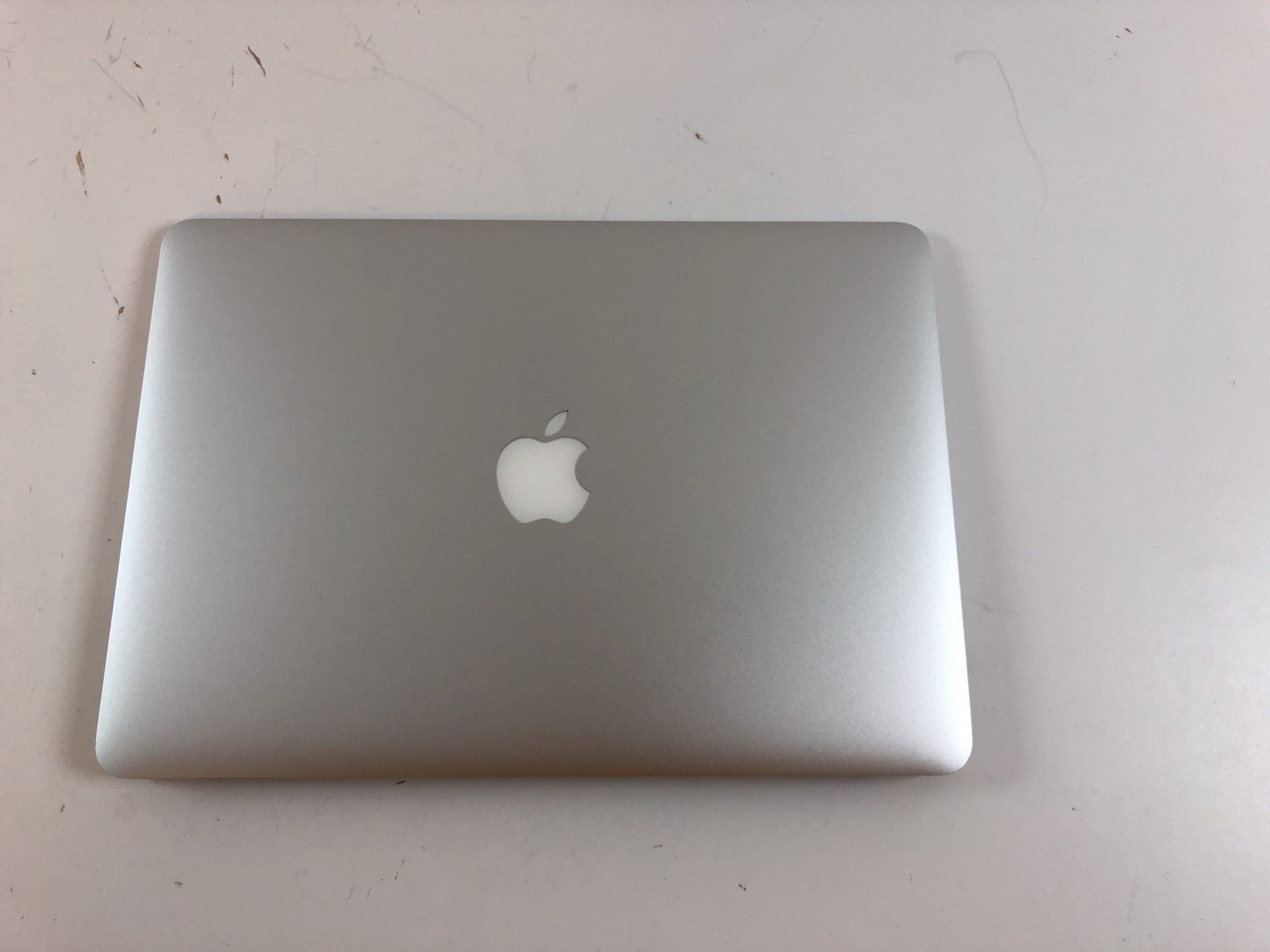 "MacBook Air 13"" Mid 2013 (Intel Core i5 1.3 GHz 4 GB RAM 128 GB SSD), Intel Core i5 1.3 GHz, 4 GB RAM, 128 GB SSD, Kuva 4"