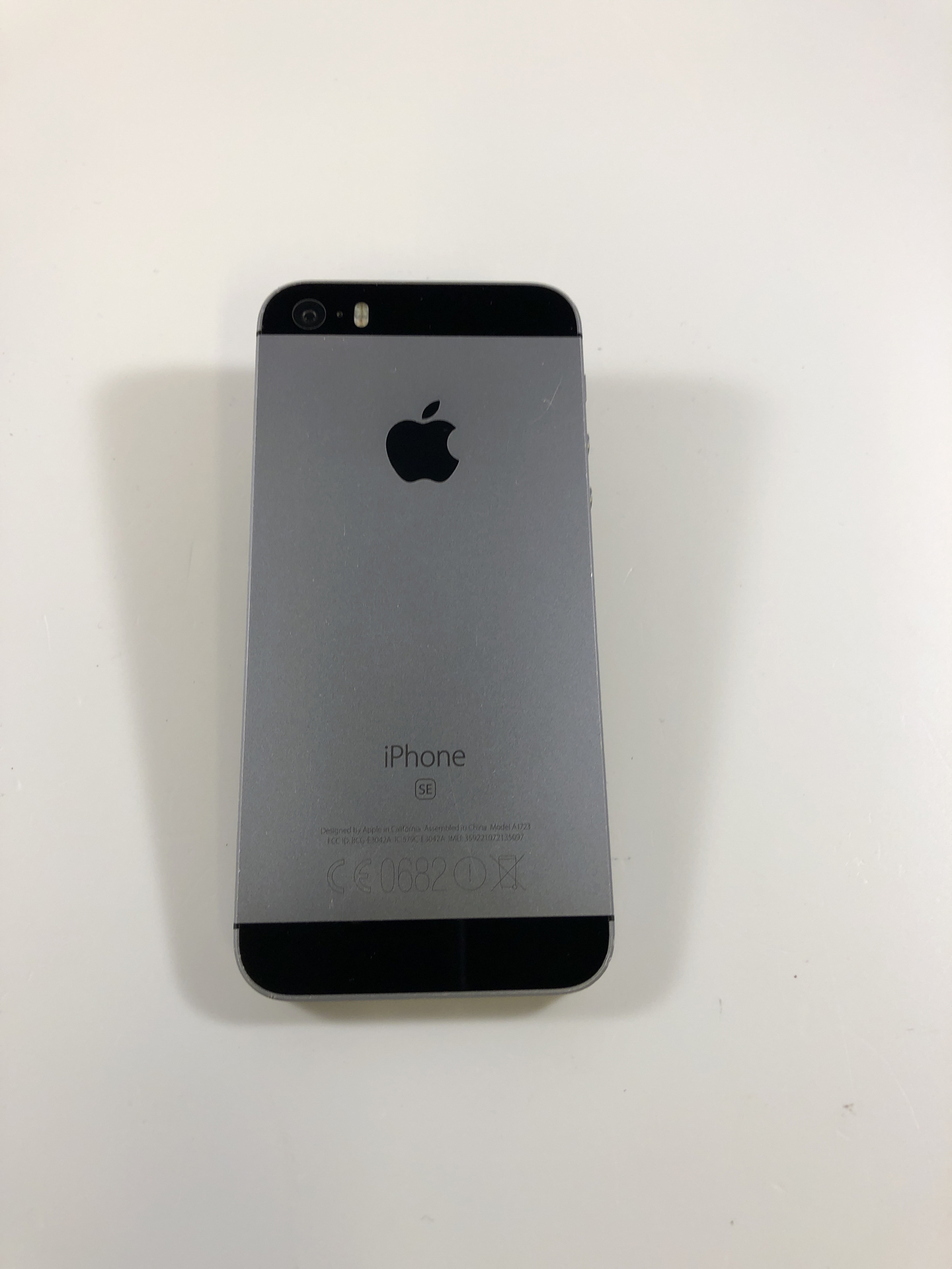 iPhone SE 16GB, 16GB, Space Gray, bild 2