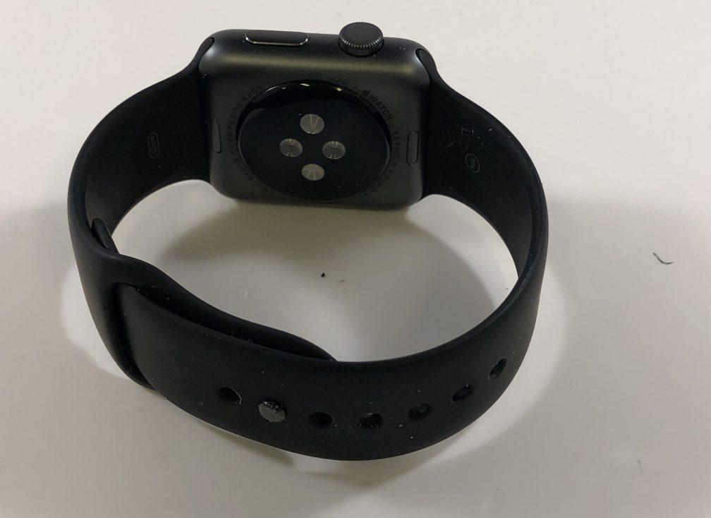 Watch Series 3 Aluminum (42mm), Space Gray, Black Sport Band, Kuva 2