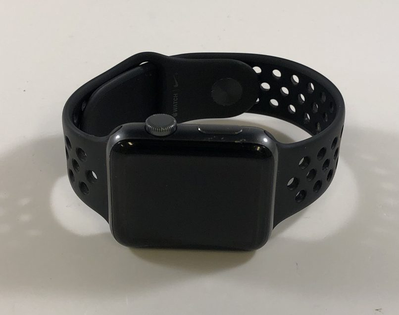Watch Series 3 Aluminum (42mm), Space Gray, Anthracite/Black Nike Sport Band, Kuva 1