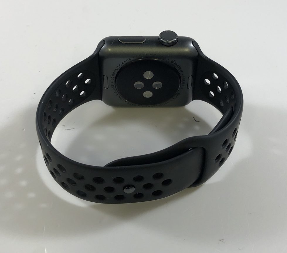 Watch Series 3 Aluminum (42mm), Space Gray, Anthracite/Black Nike Sport Band, Kuva 3