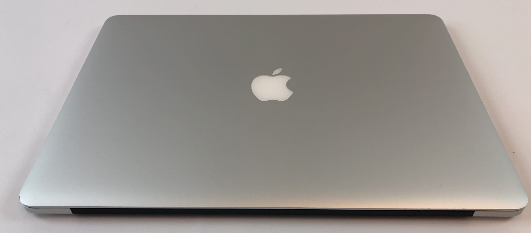 """MacBook Pro Retina 15"""" Mid 2015 (Intel Quad-Core i7 2.8 GHz 16 GB RAM 256 GB SSD), Intel Quad-Core i7 2.8 GHz, 16 GB RAM, 256 GB SSD, Kuva 2"""