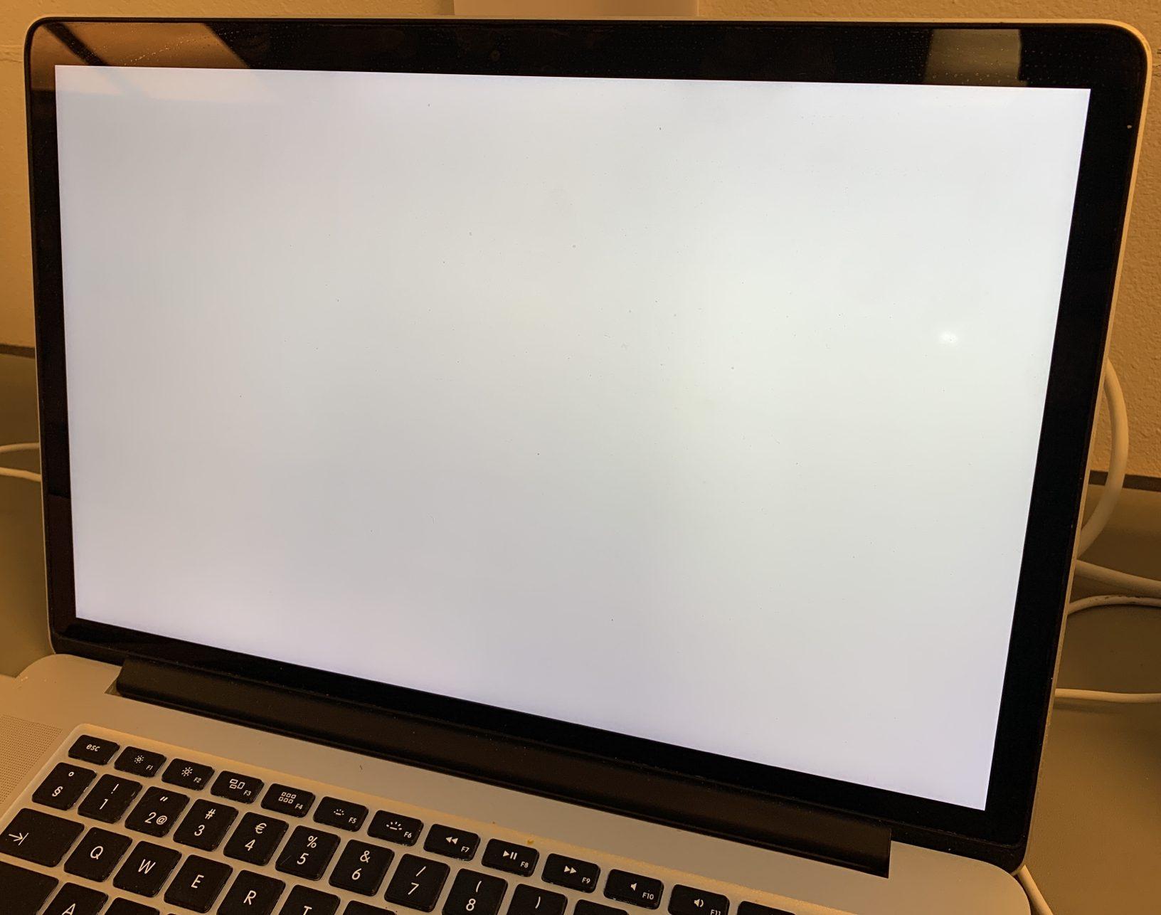 """MacBook Pro Retina 15"""" Mid 2014 (Intel Quad-Core i7 2.2 GHz 16 GB RAM 512 GB SSD), Intel Quad-Core i7 2.2 GHz, 16 GB RAM, 512 GB SSD, Kuva 3"""
