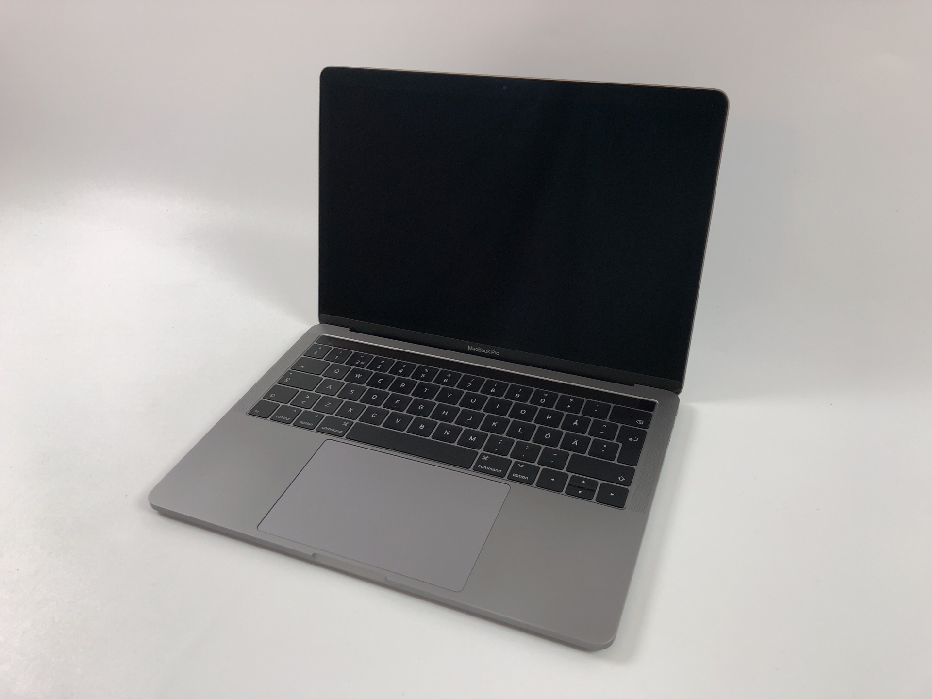 """MacBook Pro 13"""" 4TBT Mid 2017 (Intel Core i5 3.1 GHz 8 GB RAM 256 GB SSD), Space Gray, Intel Core i5 3.1 GHz, 8 GB RAM, 256 GB SSD, bild 1"""