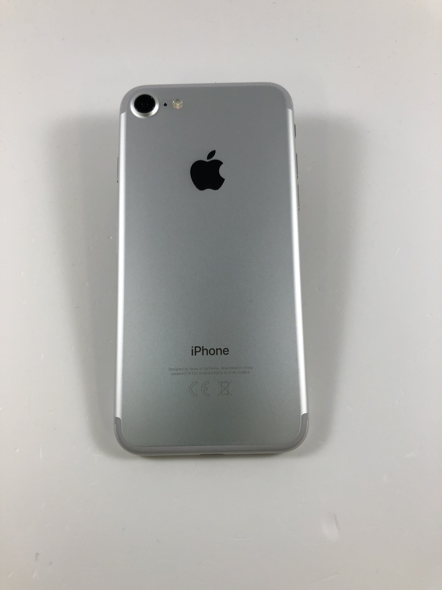 iPhone 7 32GB, 32GB, Silver, Kuva 2