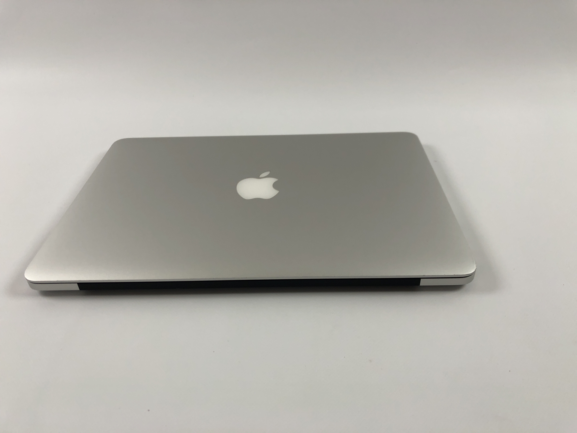 "MacBook Pro Retina 13"" Early 2015 (Intel Core i5 2.7 GHz 8 GB RAM 256 GB SSD), Intel Core i5 2.7 GHz, 8 GB RAM, 256 GB SSD, Kuva 3"