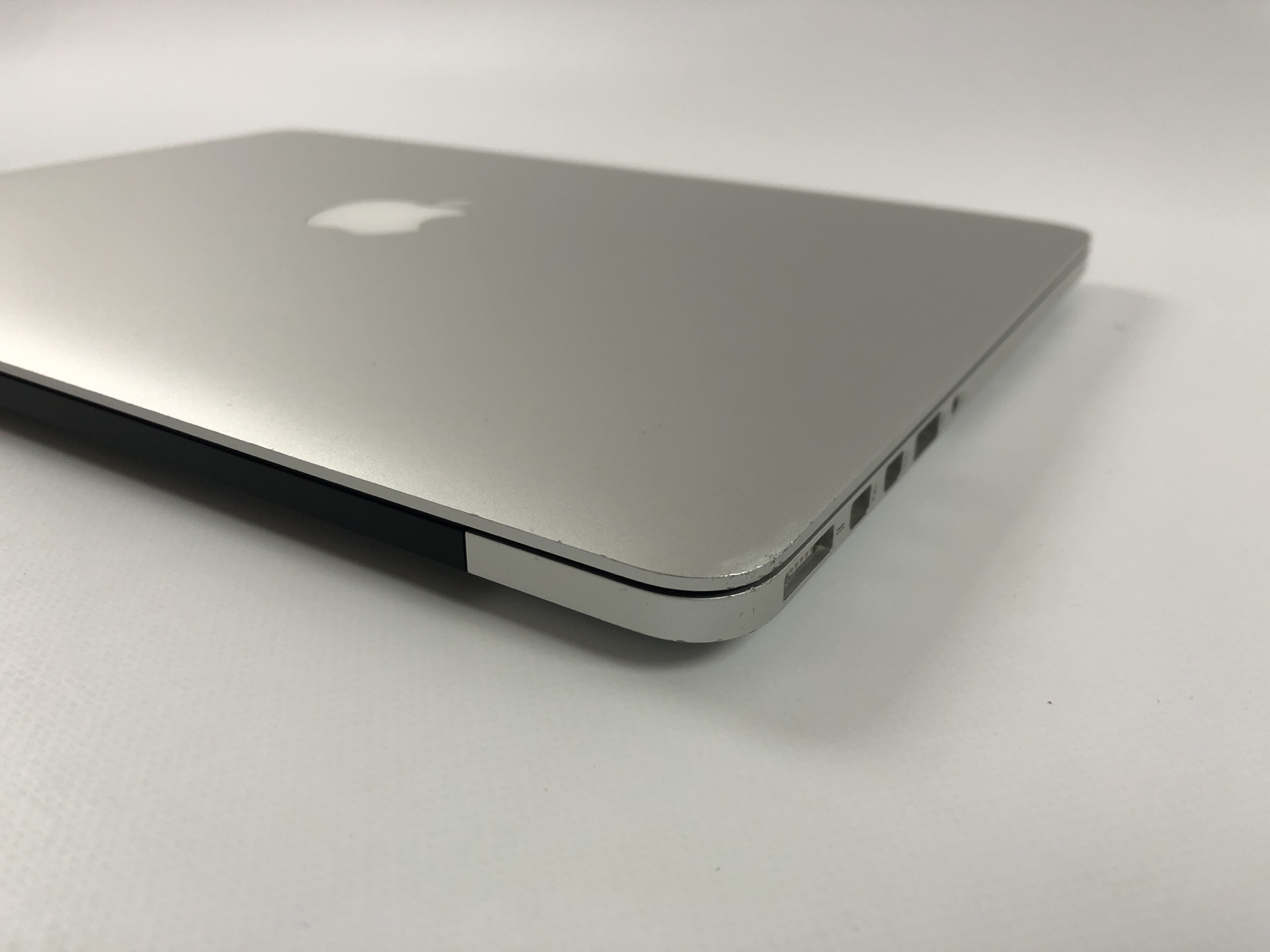 "MacBook Pro Retina 13"" Early 2015 (Intel Core i5 2.7 GHz 8 GB RAM 256 GB SSD), Intel Core i5 2.7 GHz, 8 GB RAM, 256 GB SSD, Kuva 4"