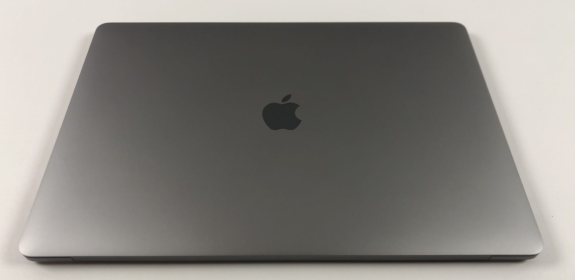 "MacBook Pro 15"" Touch Bar Late 2016 (Intel Quad-Core i7 2.7 GHz 16 GB RAM 512 GB SSD), Space Gray, Intel Quad-Core i7 2.7 GHz, 16 GB RAM, 512 GB SSD, Bild 2"