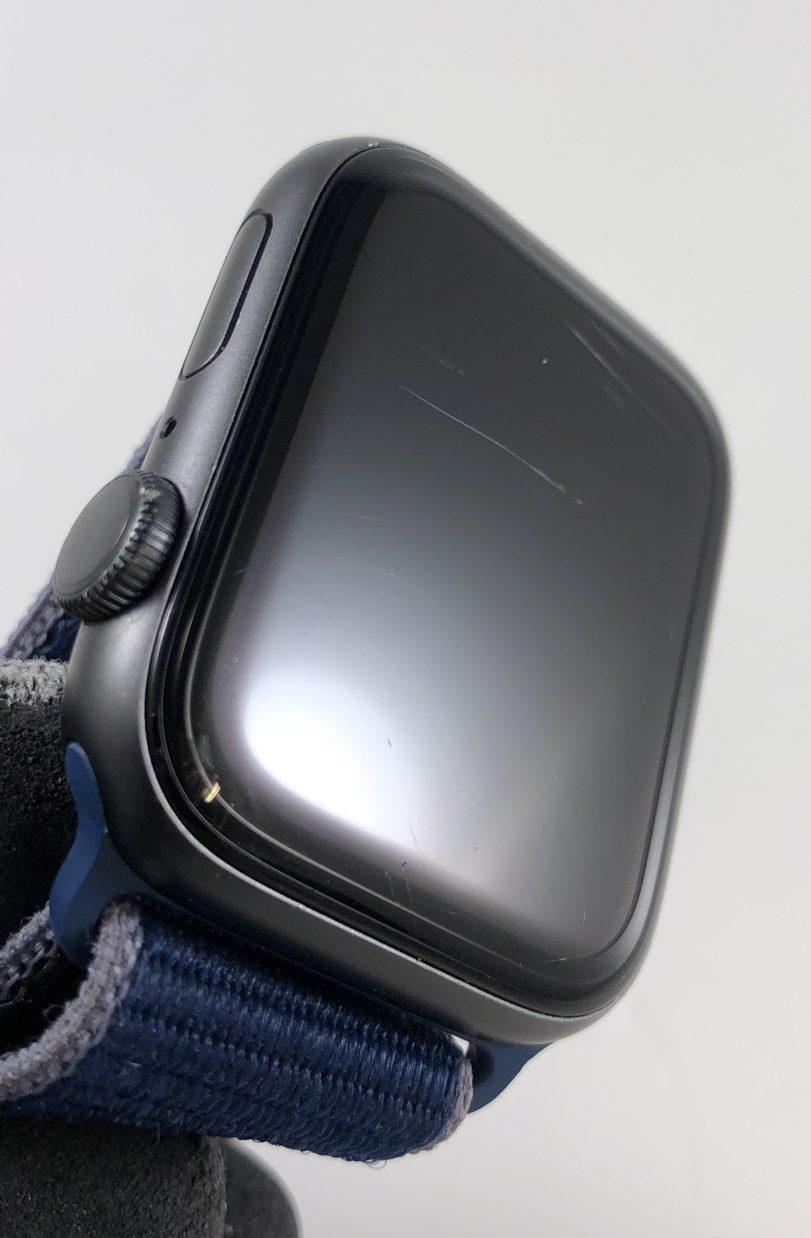 Watch Series 5 Aluminum (44mm), Space Gray, Kuva 3