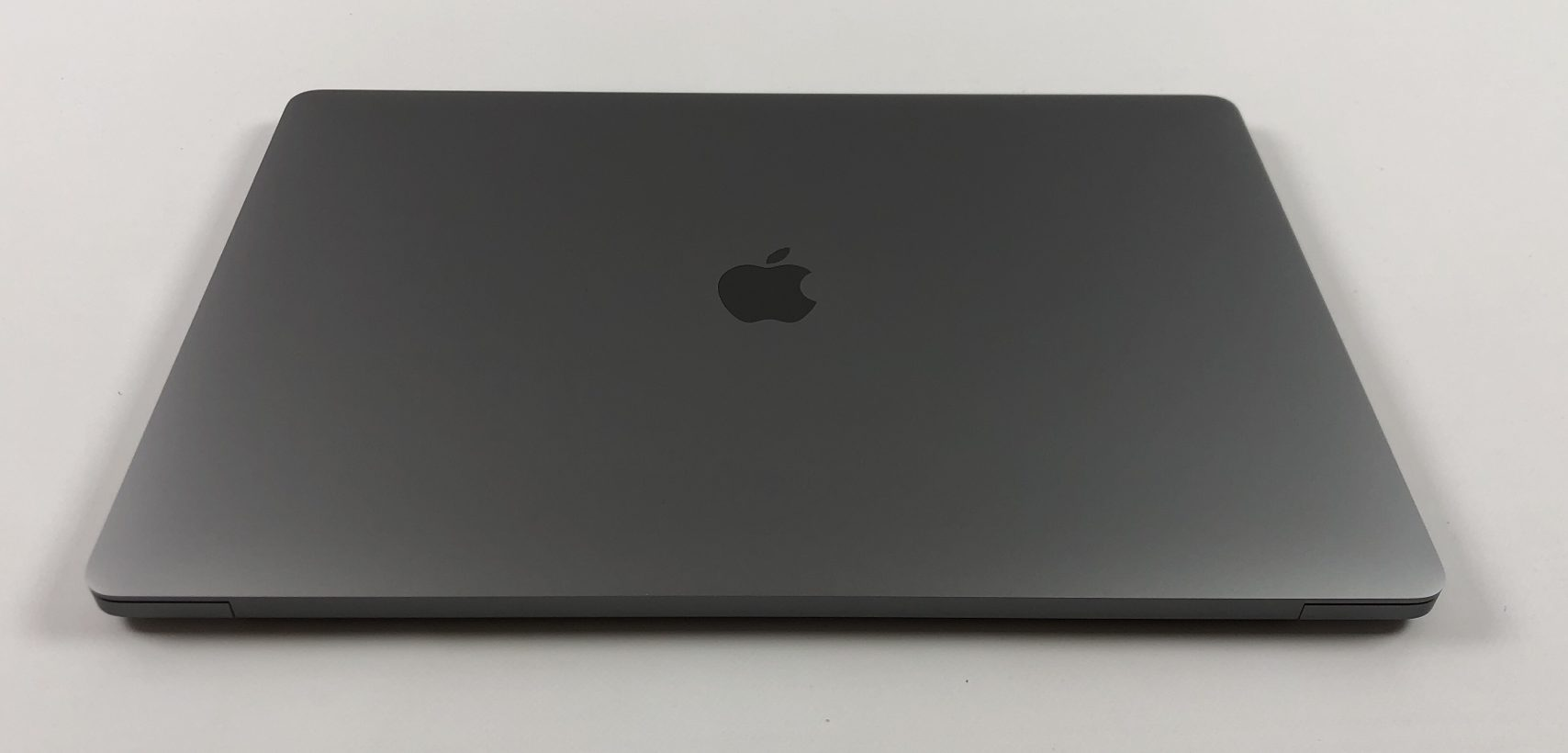"MacBook Pro 16"" Touch Bar Late 2019 (Intel 8-Core i9 2.3 GHz 32 GB RAM 1 TB SSD), Space Gray, Intel 8-Core i9 2.3 GHz, 32 GB RAM, 1 TB SSD, Kuva 2"