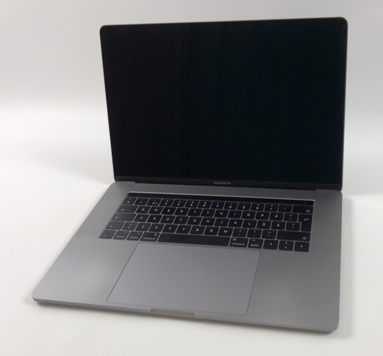 "MacBook Pro 15"" Touch Bar Late 2016 (Intel Quad-Core i7 2.7 GHz 16 GB RAM 512 GB SSD), Space Gray, Intel Quad-Core i7 2.7 GHz, 16 GB RAM, 512 GB SSD, imagen 1"
