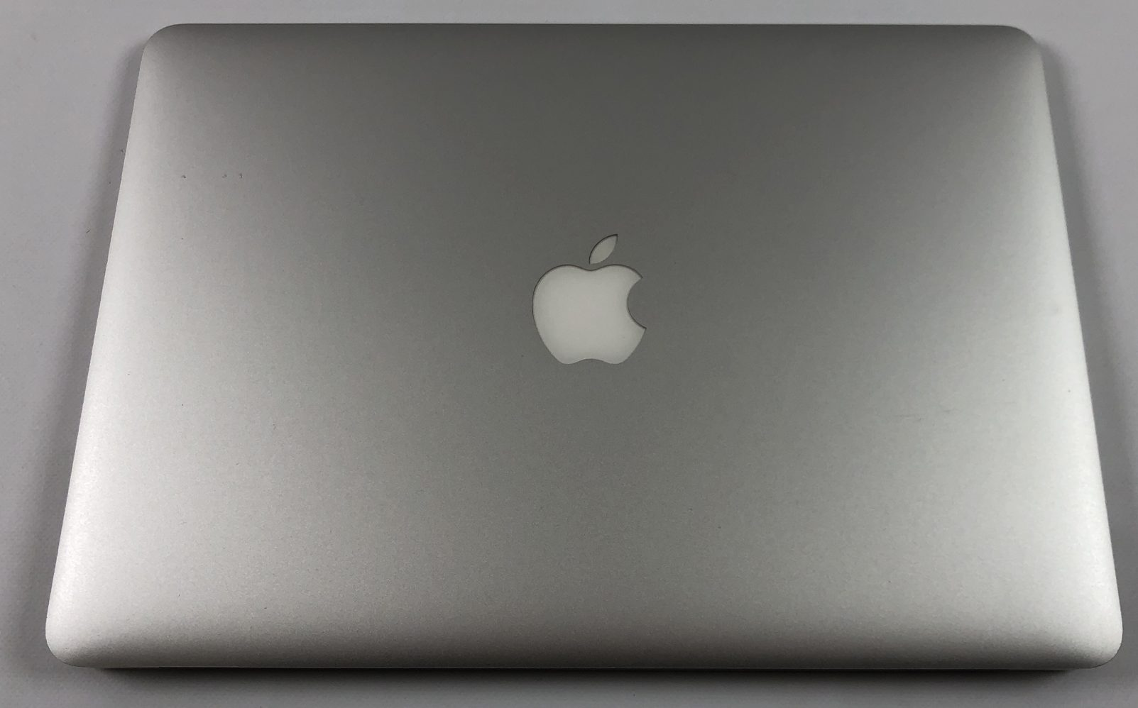 "MacBook Air 13"" Early 2015 (Intel Core i5 1.6 GHz 8 GB RAM 128 GB SSD), Intel Core i5 1.6 GHz, 8 GB RAM, 128 GB SSD, Kuva 2"