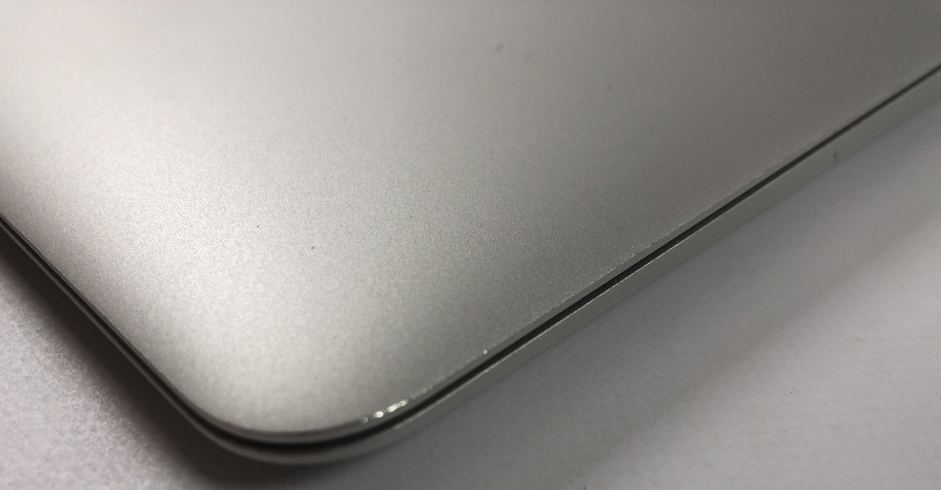 "MacBook Air 13"" Early 2015 (Intel Core i5 1.6 GHz 8 GB RAM 128 GB SSD), Intel Core i5 1.6 GHz, 8 GB RAM, 128 GB SSD, Kuva 3"