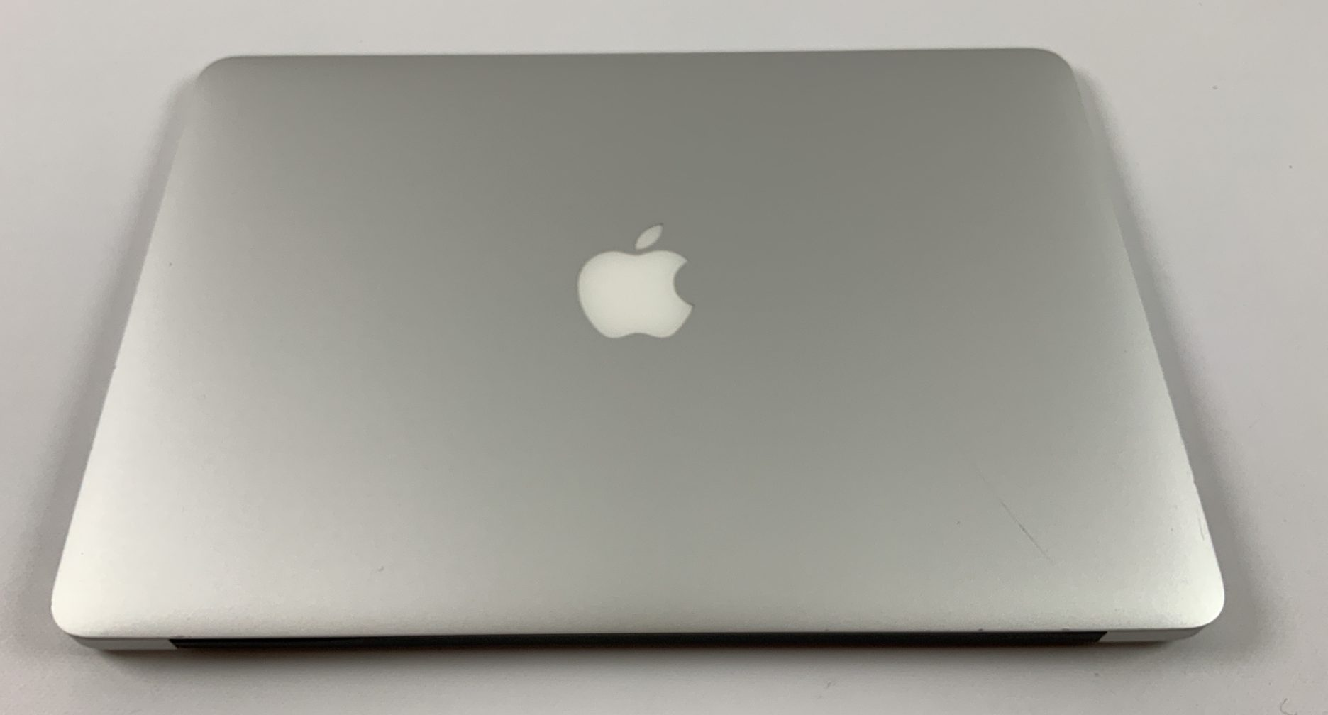 "MacBook Air 13"" Early 2015 (Intel Core i5 1.6 GHz 4 GB RAM 128 GB SSD), Intel Core i5 1.6 GHz, 4 GB RAM, 128 GB SSD, Kuva 2"