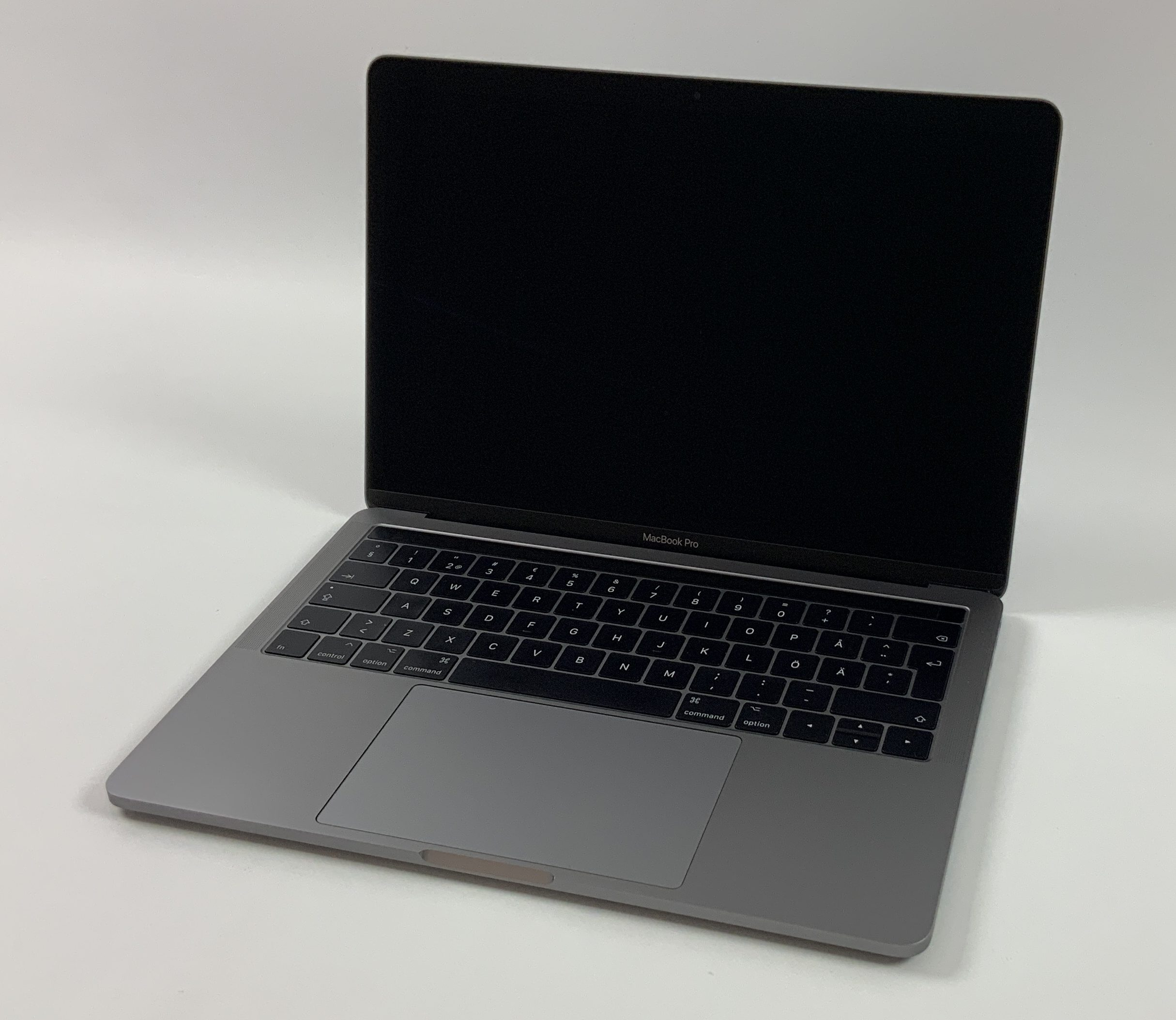 "MacBook Pro 13"" 4TBT Mid 2017 (Intel Core i5 3.1 GHz 16 GB RAM 256 GB SSD), Space Gray, Intel Core i5 3.1 GHz, 16 GB RAM, 256 GB SSD, Kuva 1"