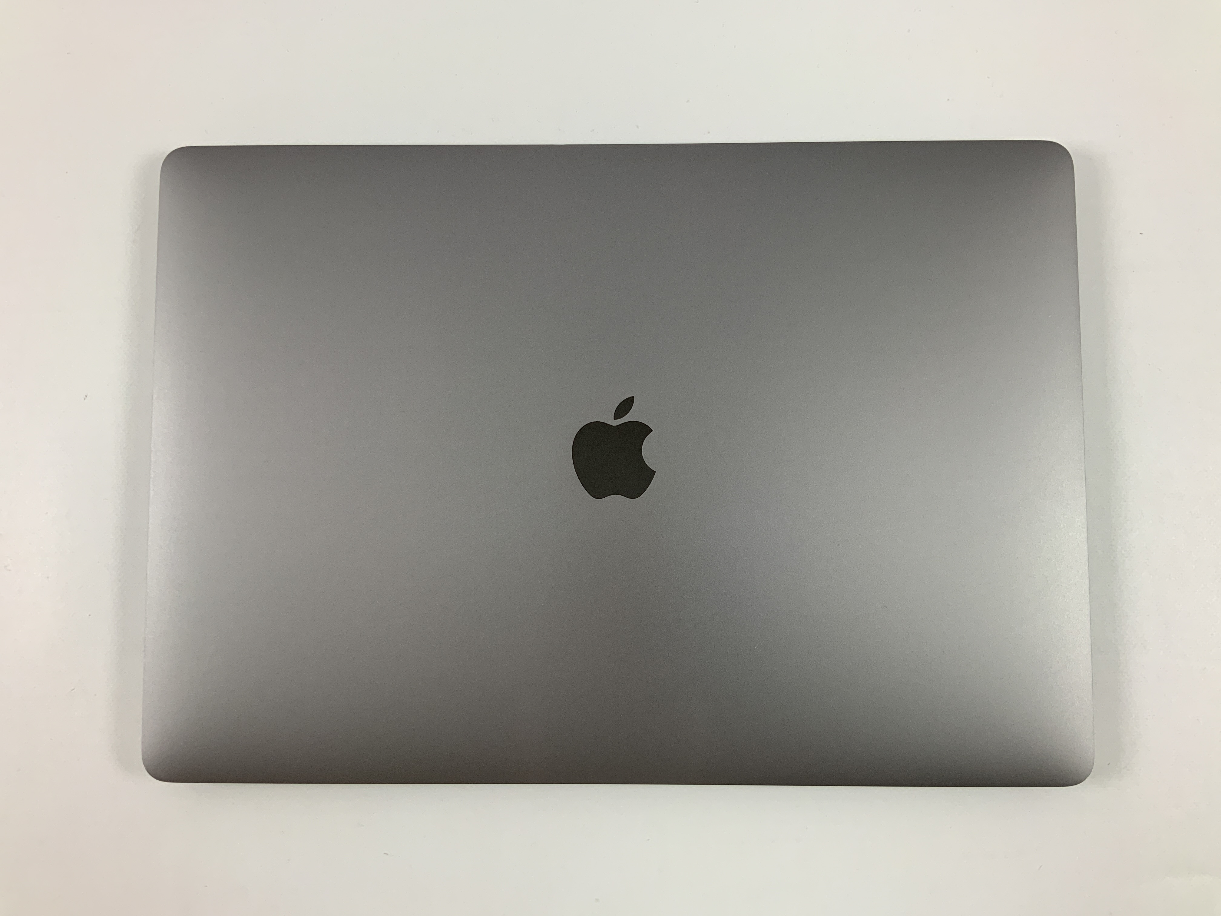 "MacBook Pro 15"" Touch Bar Late 2016 (Intel Quad-Core i7 2.6 GHz 16 GB RAM 512 GB SSD), Space Gray, Intel Quad-Core i7 2.6 GHz, 16 GB RAM, 512 GB SSD, Afbeelding 2"