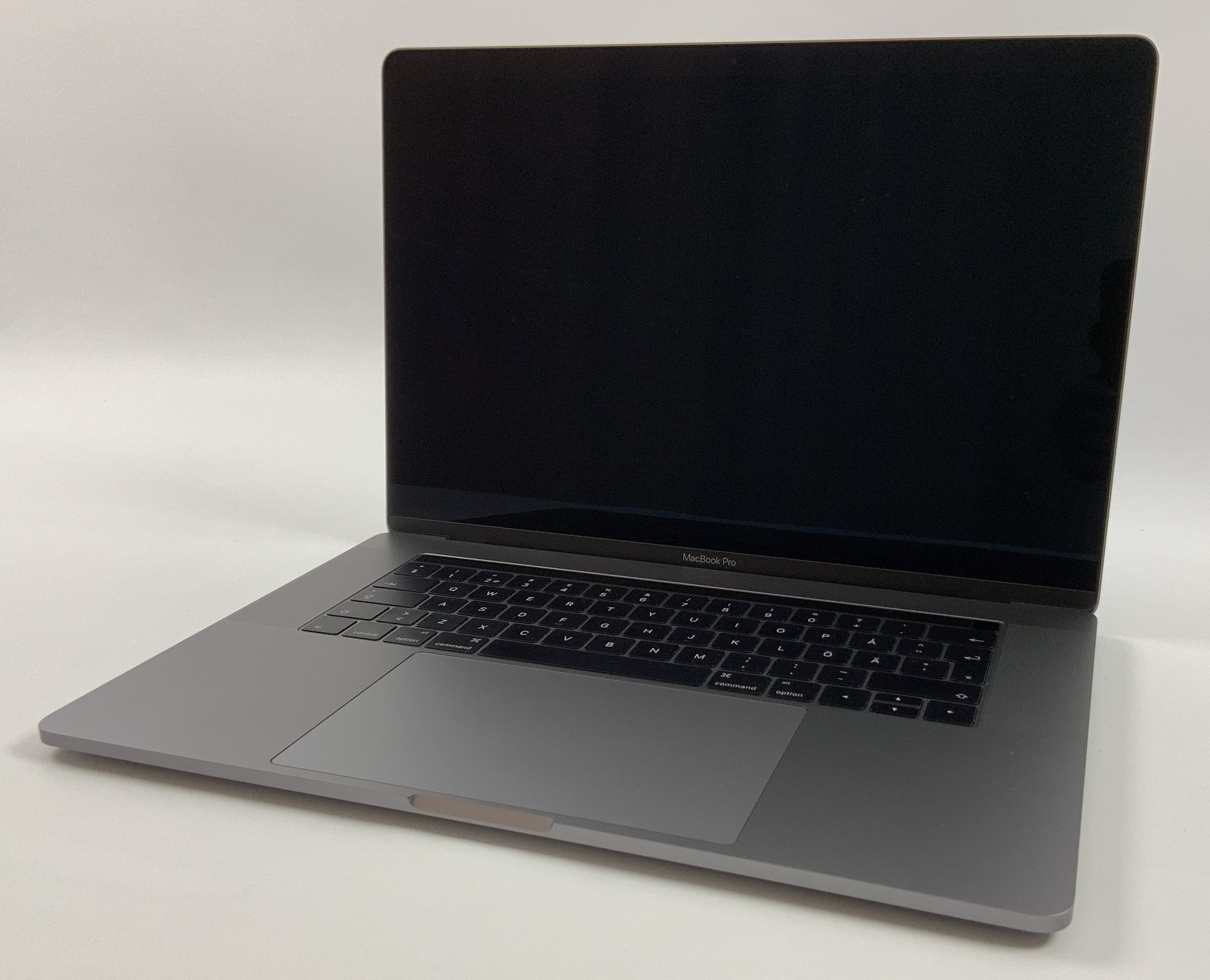 "MacBook Pro 15"" Touch Bar Late 2016 (Intel Quad-Core i7 2.9 GHz 16 GB RAM 512 GB SSD), Space Gray, Intel Quad-Core i7 2.9 GHz, 16 GB RAM, 512 GB SSD, image 1"