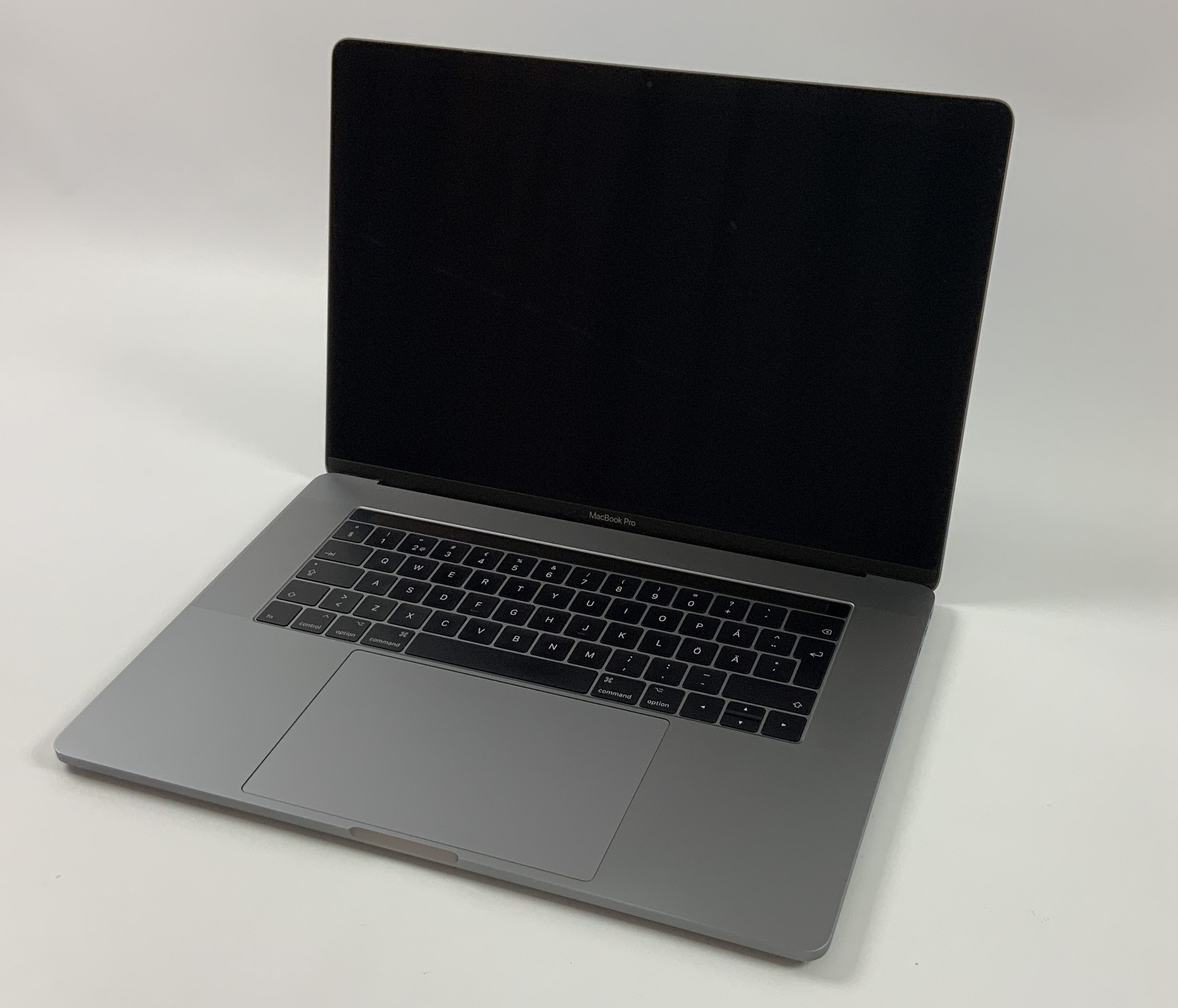 "MacBook Pro 15"" Touch Bar Mid 2017 (Intel Quad-Core i7 2.8 GHz 16 GB RAM 256 GB SSD), Space Gray, Intel Quad-Core i7 2.8 GHz, 16 GB RAM, 256 GB SSD, immagine 1"