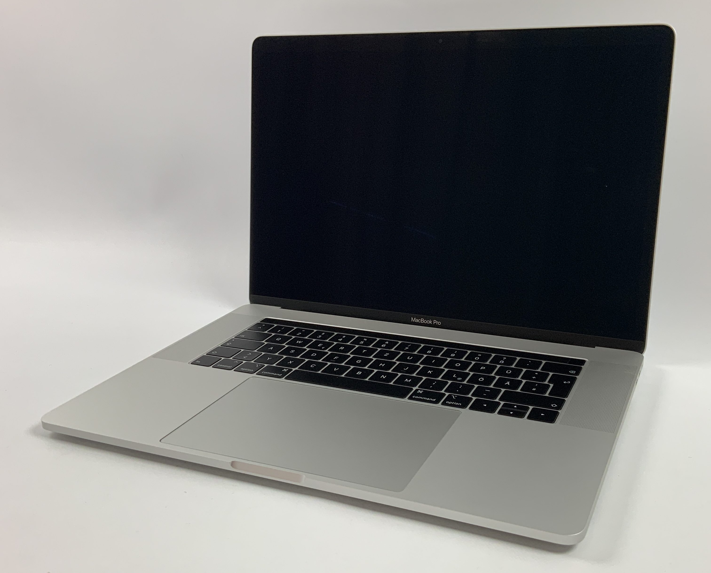 "MacBook Pro 15"" Touch Bar Mid 2018 (Intel 6-Core i7 2.2 GHz 32 GB RAM 512 GB SSD), Silver, Intel 6-Core i7 2.2 GHz, 32 GB RAM, 512 GB SSD, Kuva 1"