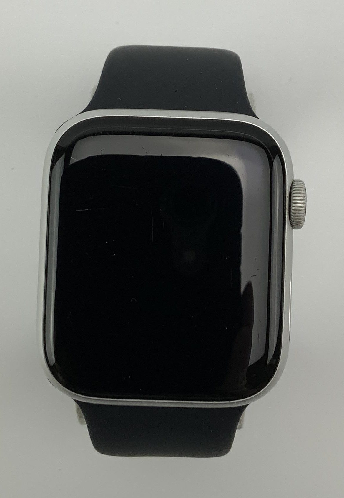 Watch Series 4 Aluminum (44mm), Silver, Black Sport Band, Kuva 1
