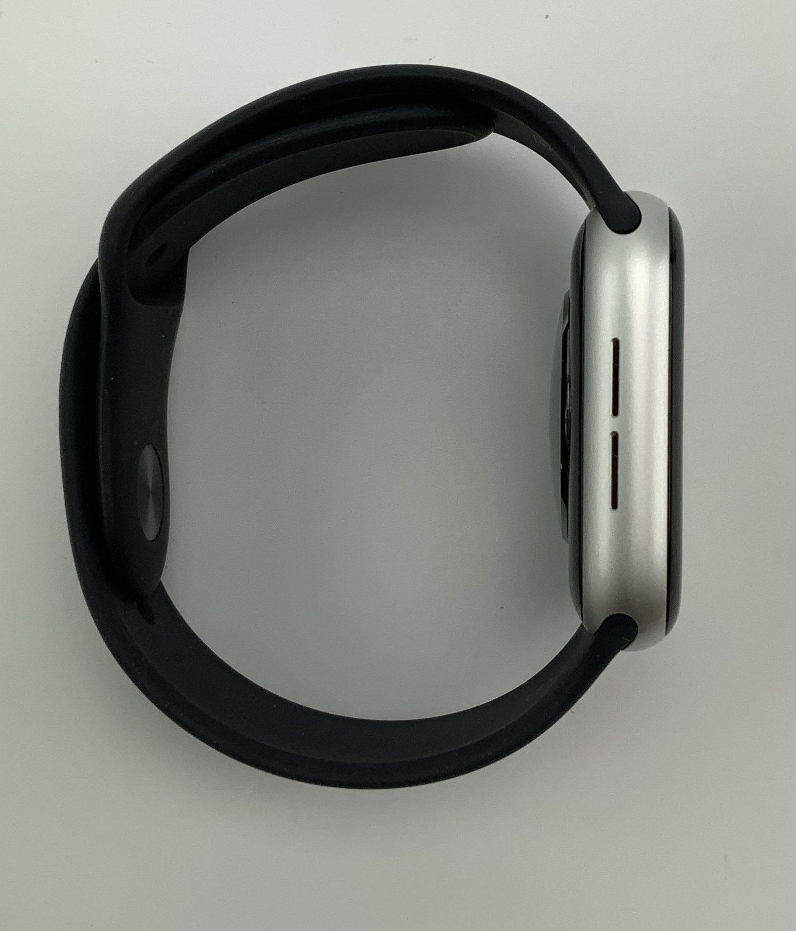 Watch Series 4 Aluminum (44mm), Silver, Black Sport Band, Kuva 4