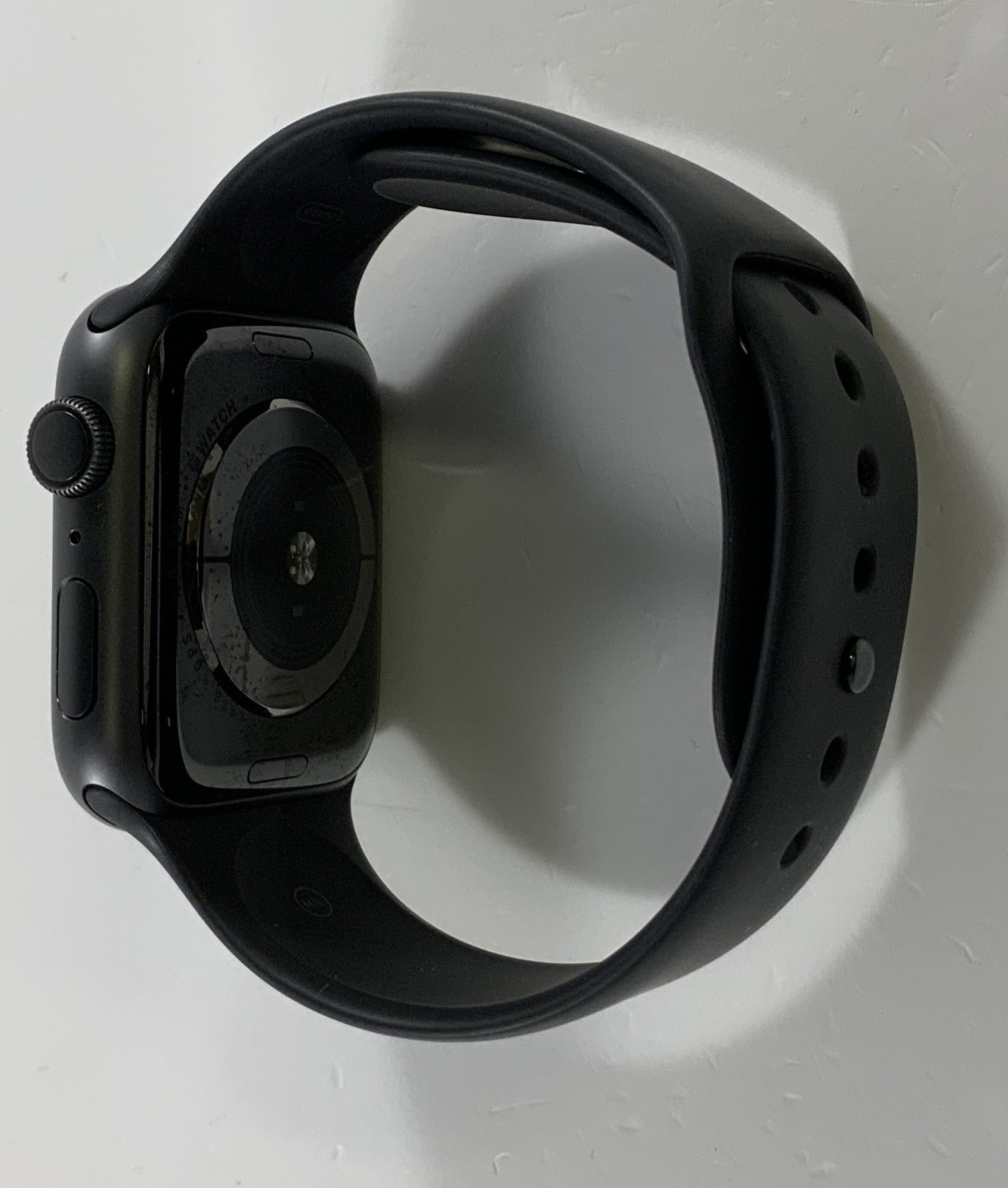 Watch Series 4 Aluminum (44mm), Space Gray, Black Sport Band, Afbeelding 2