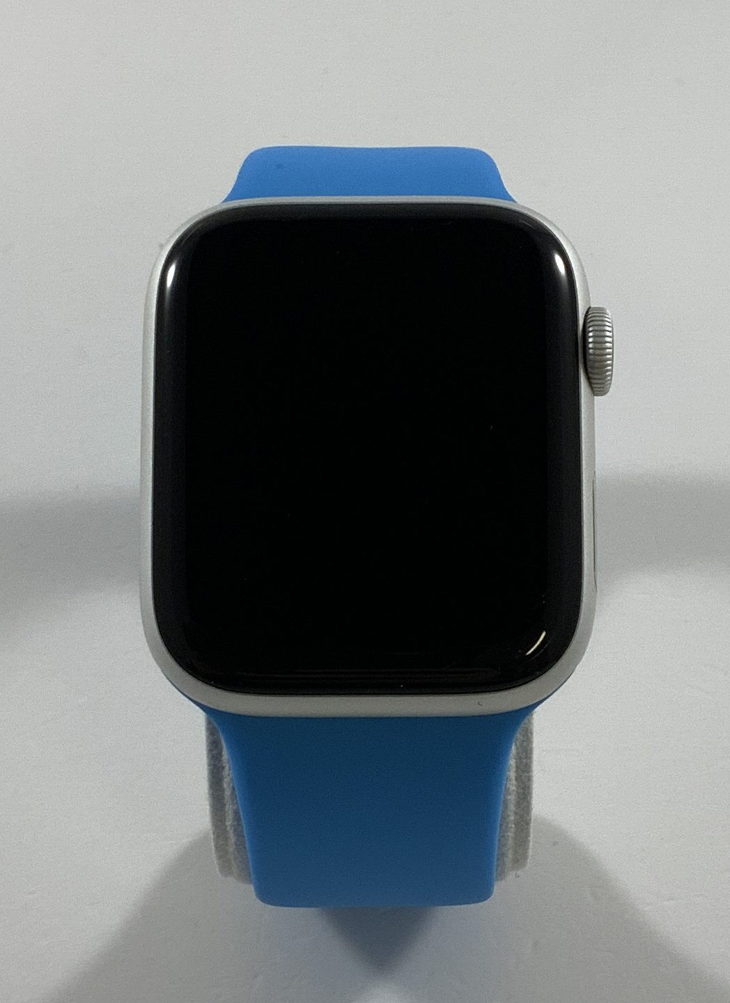 Watch Series 4 Aluminum Cellular (44mm), Silver, Blue silicone band (3rd party), Kuva 1
