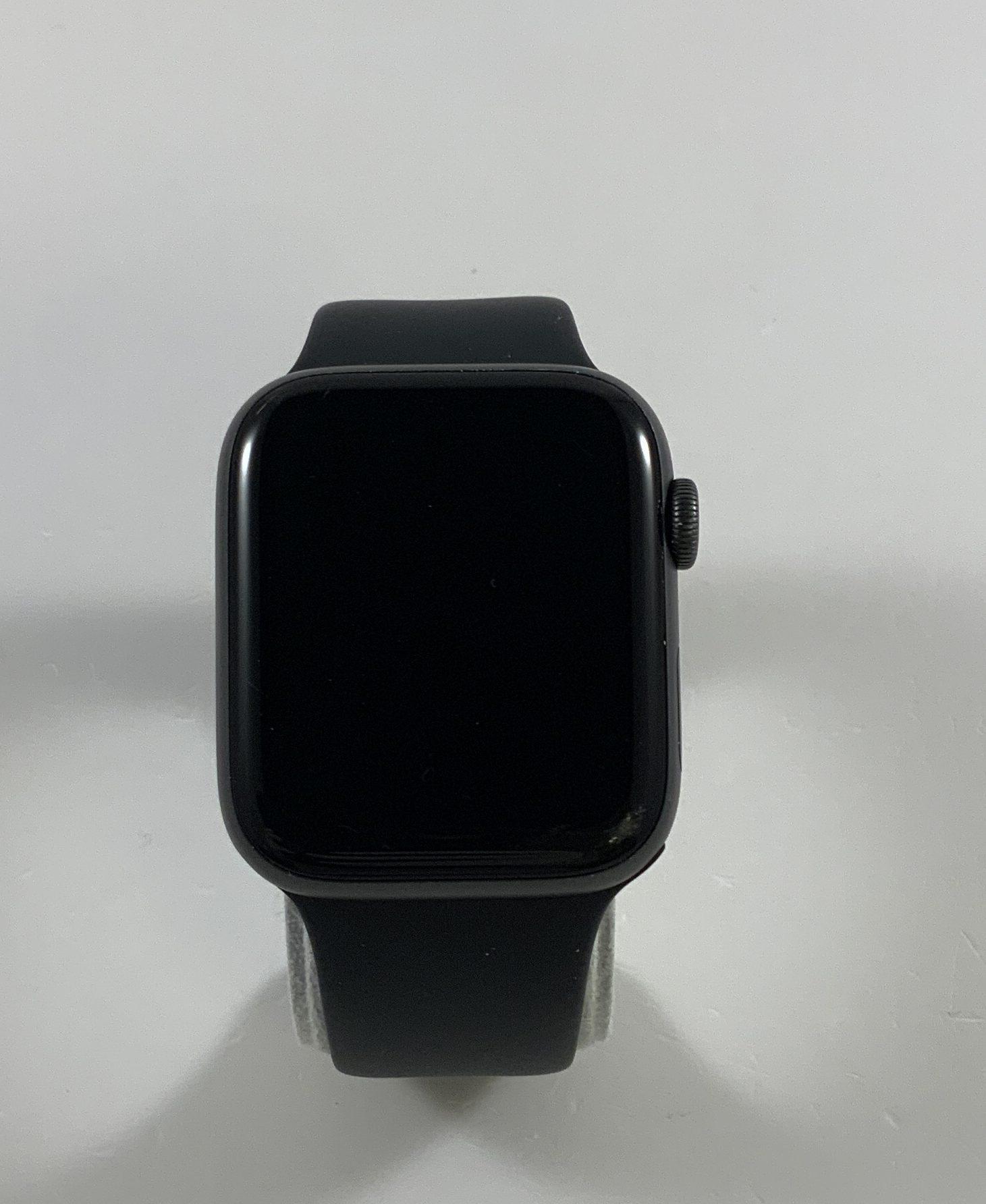 Watch Series 4 Aluminum Cellular (44mm), Space Gray, Black Sport Band, Kuva 1