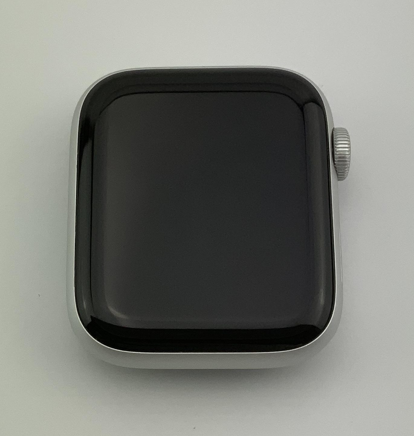 Watch Series 4 Aluminum Cellular (44mm), Silver, White Sport Band, Kuva 2