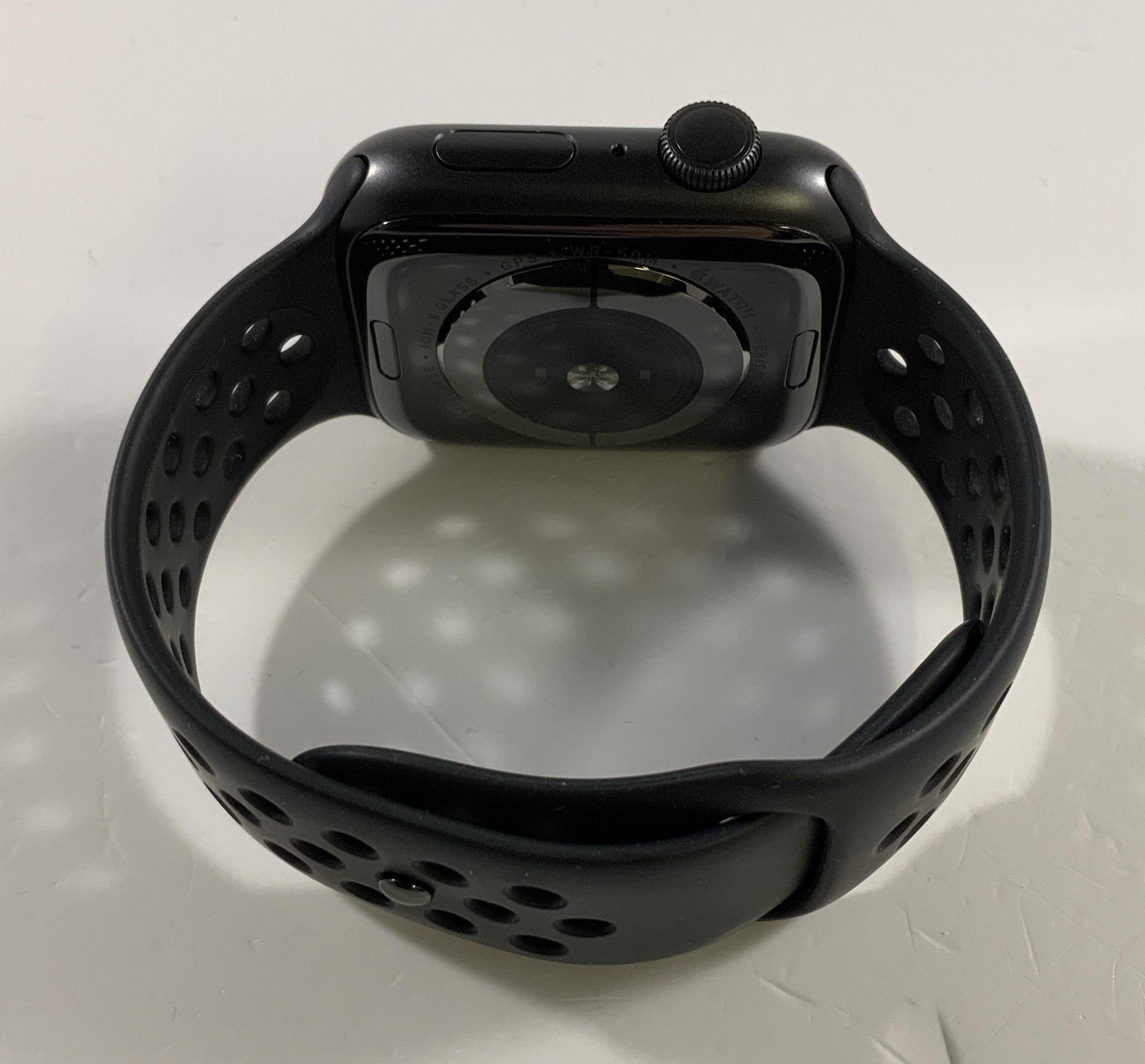 Watch Series 5 Aluminum (44mm), Space Gray, immagine 3