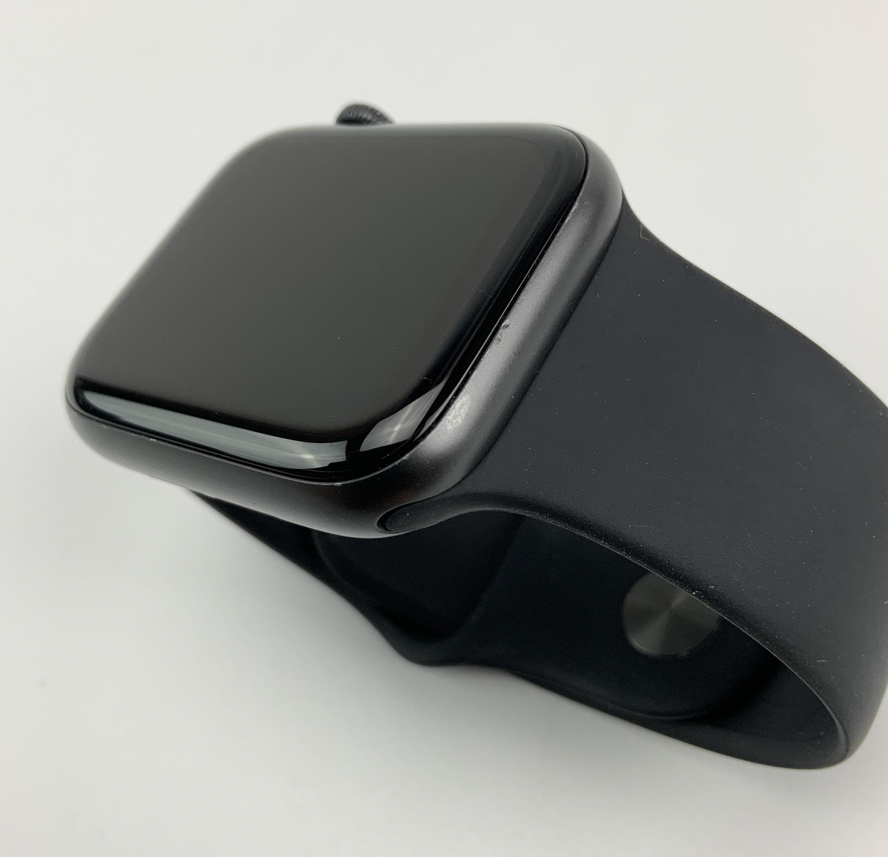 Watch Series 5 Aluminum Cellular (44mm), Space Gray, Kuva 4