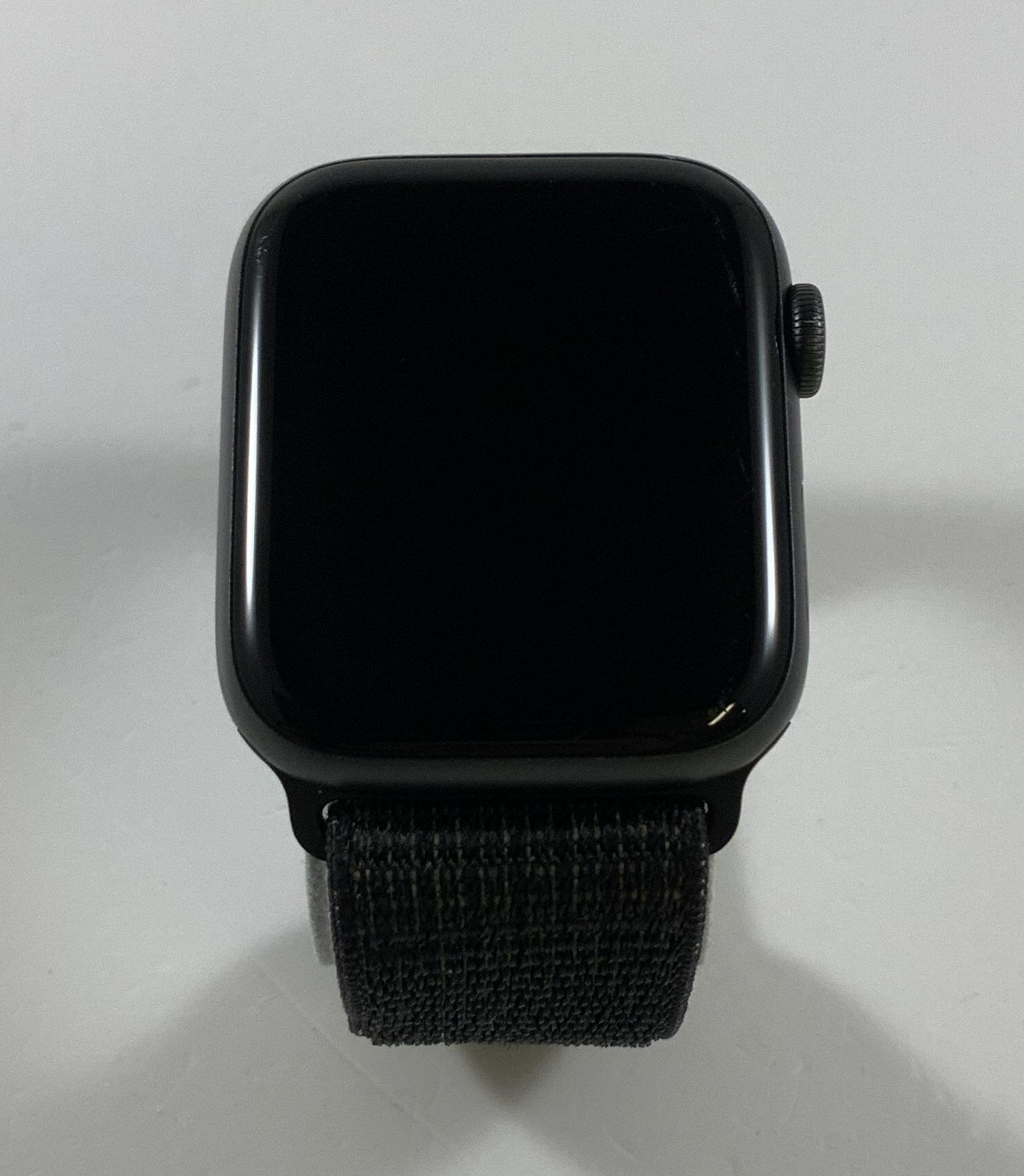 Watch Series 5 Aluminum Cellular (44mm), Space Gray, obraz 1