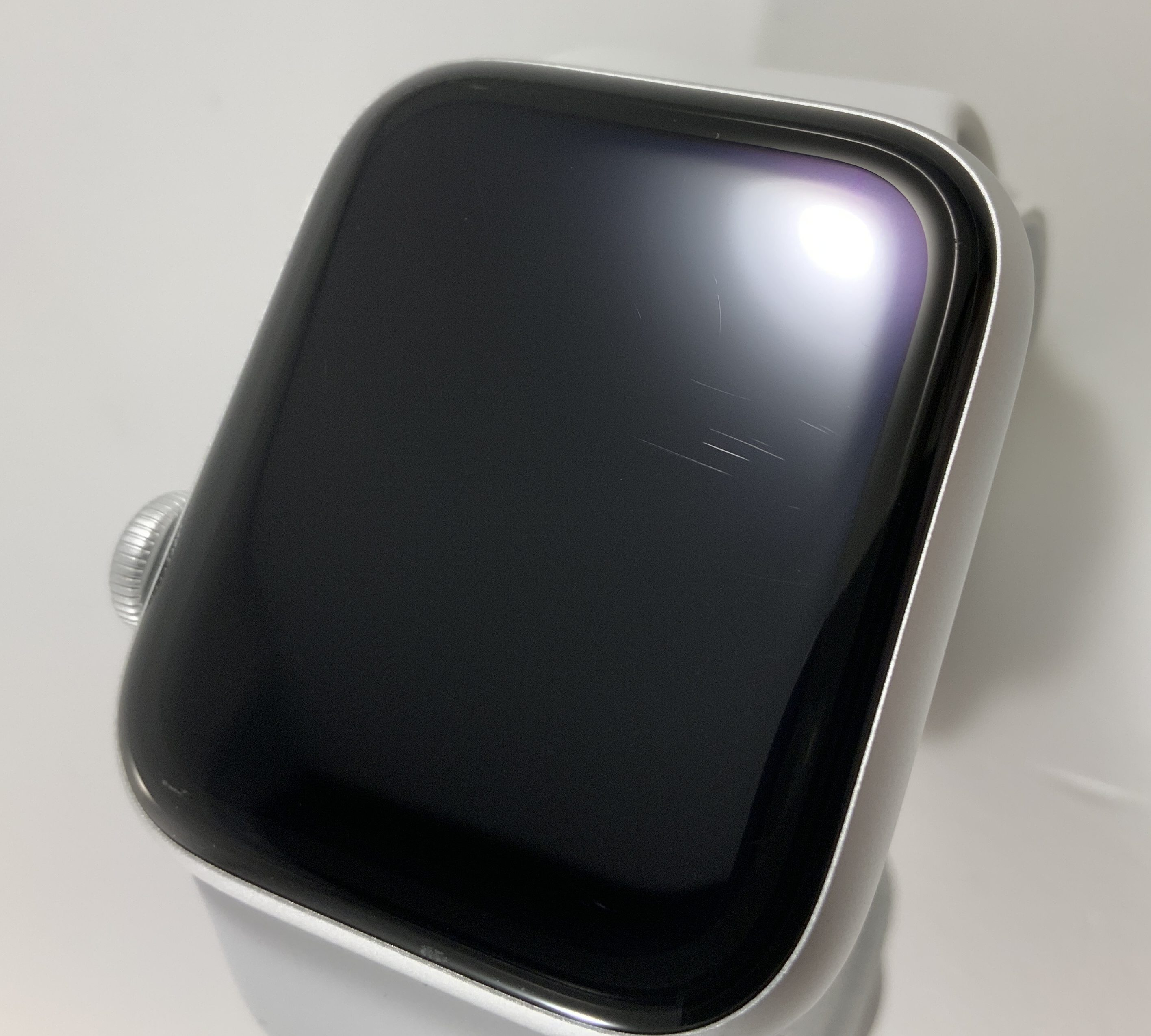 Watch Series 5 Aluminum Cellular (44mm), Silver, image 4